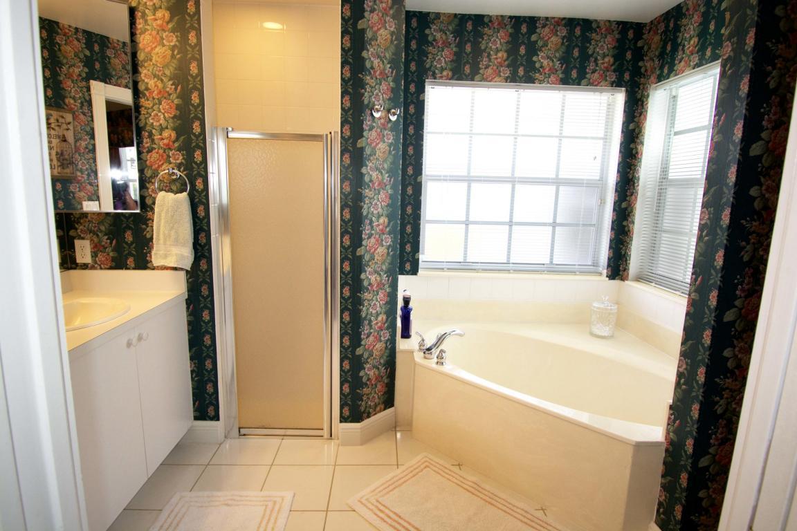 BW master bath.jpg