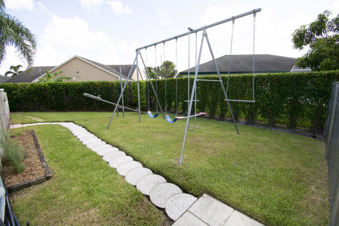 BW swing set.jpg