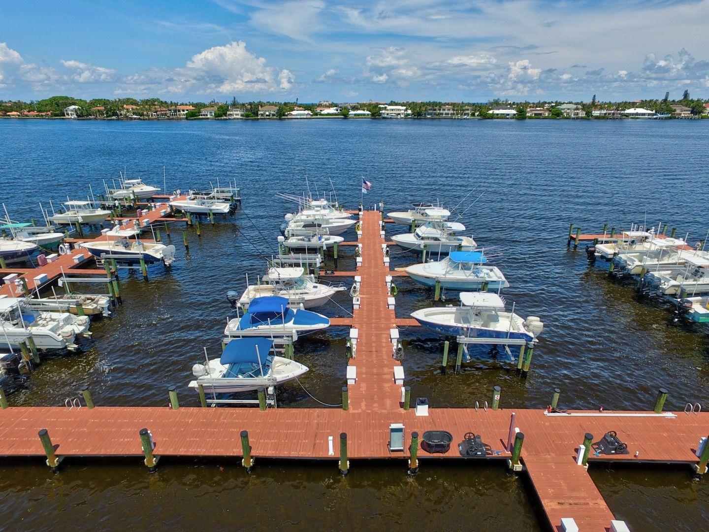 180-yacht-club-way-202-hypoluxo_rx-10463999-31-full.jpg