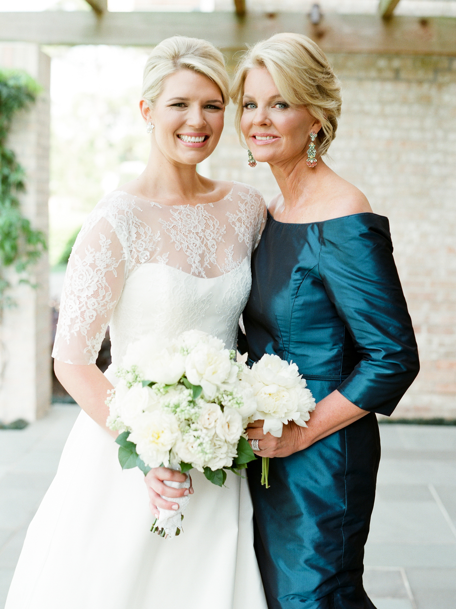 0026__River_Oaks_Country_Club_Wedding_Photographer_Heard.jpg