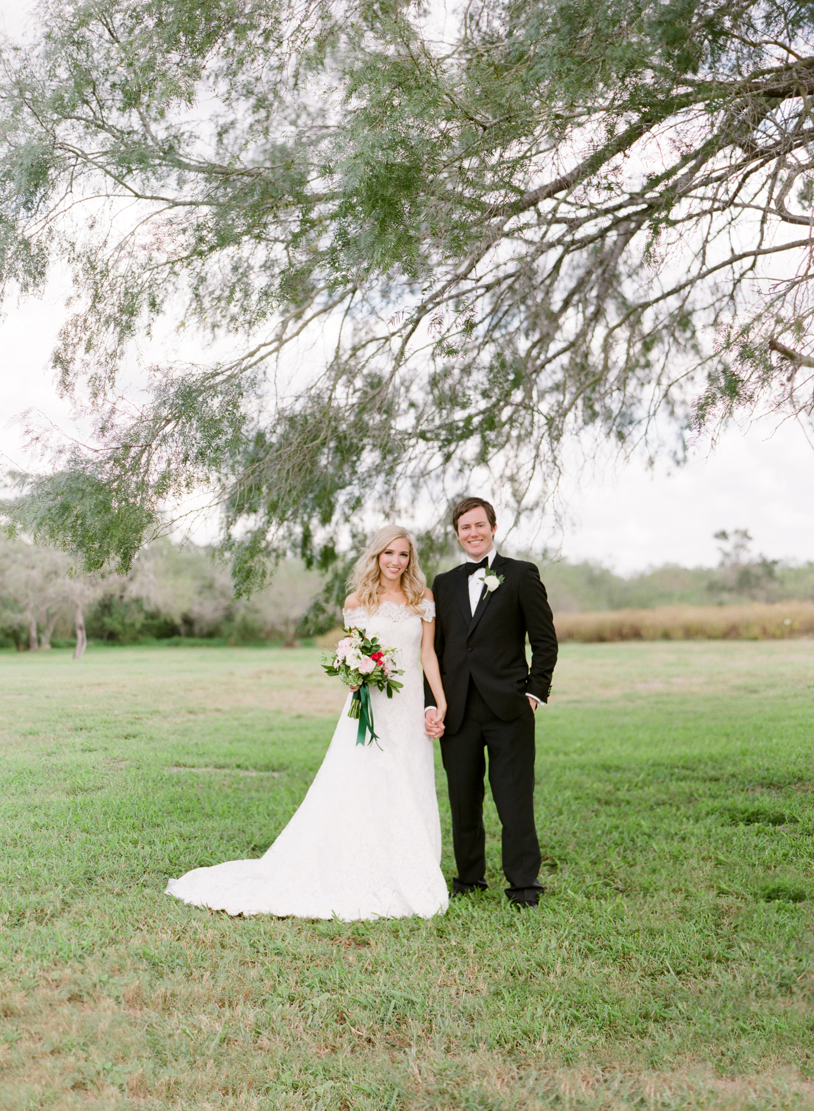 0024_Texas_Ranch_Wedding_Photographer.jpg