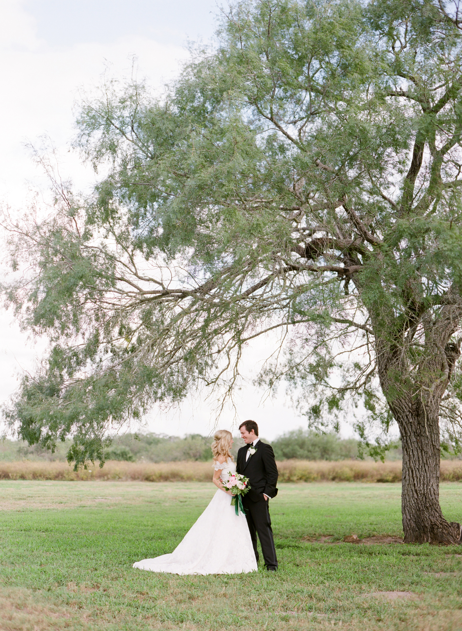 0025_Texas_Ranch_Wedding_Photographer.jpg