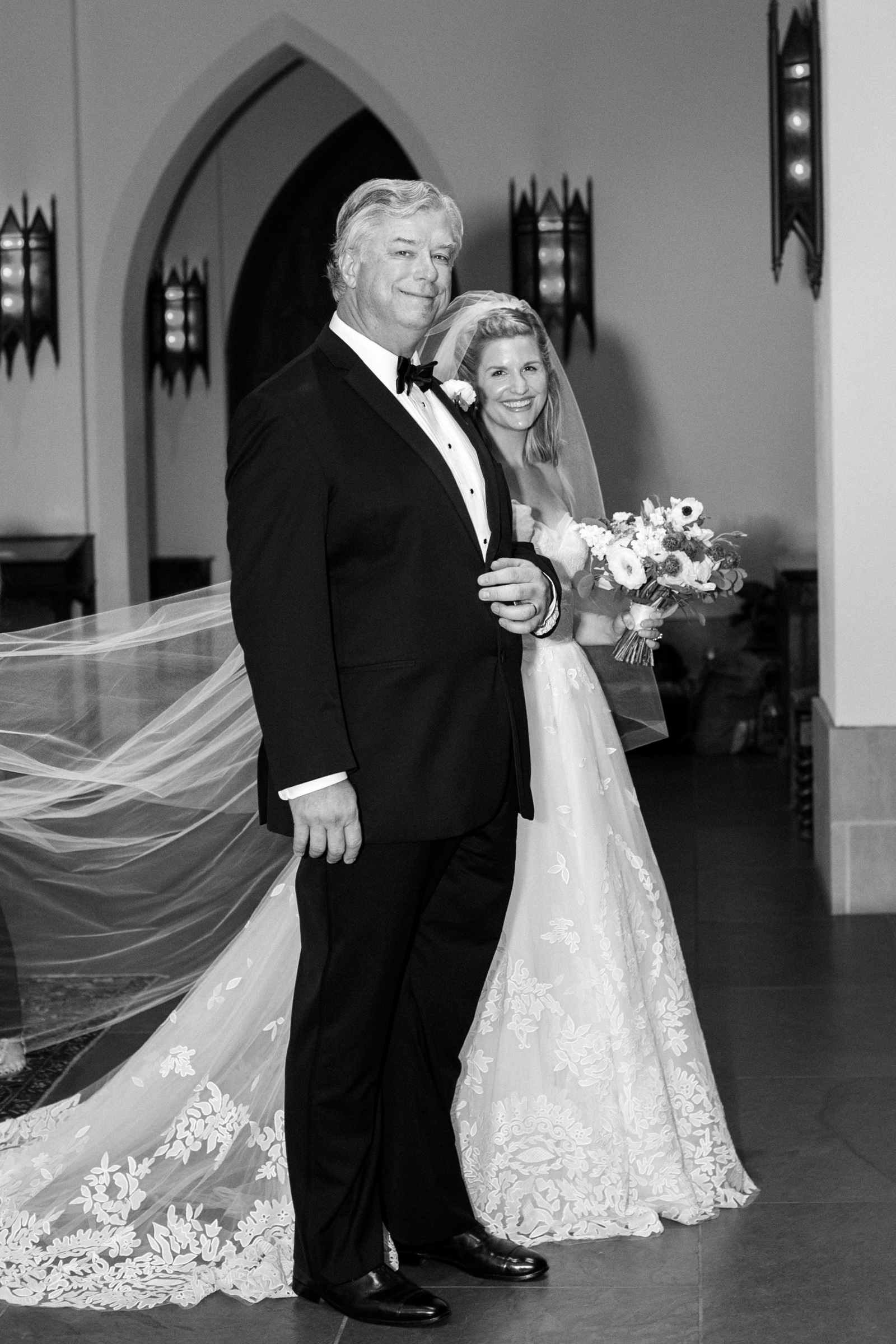 0022_St_Martin_Houston_Wedding_The_Astorian.jpg