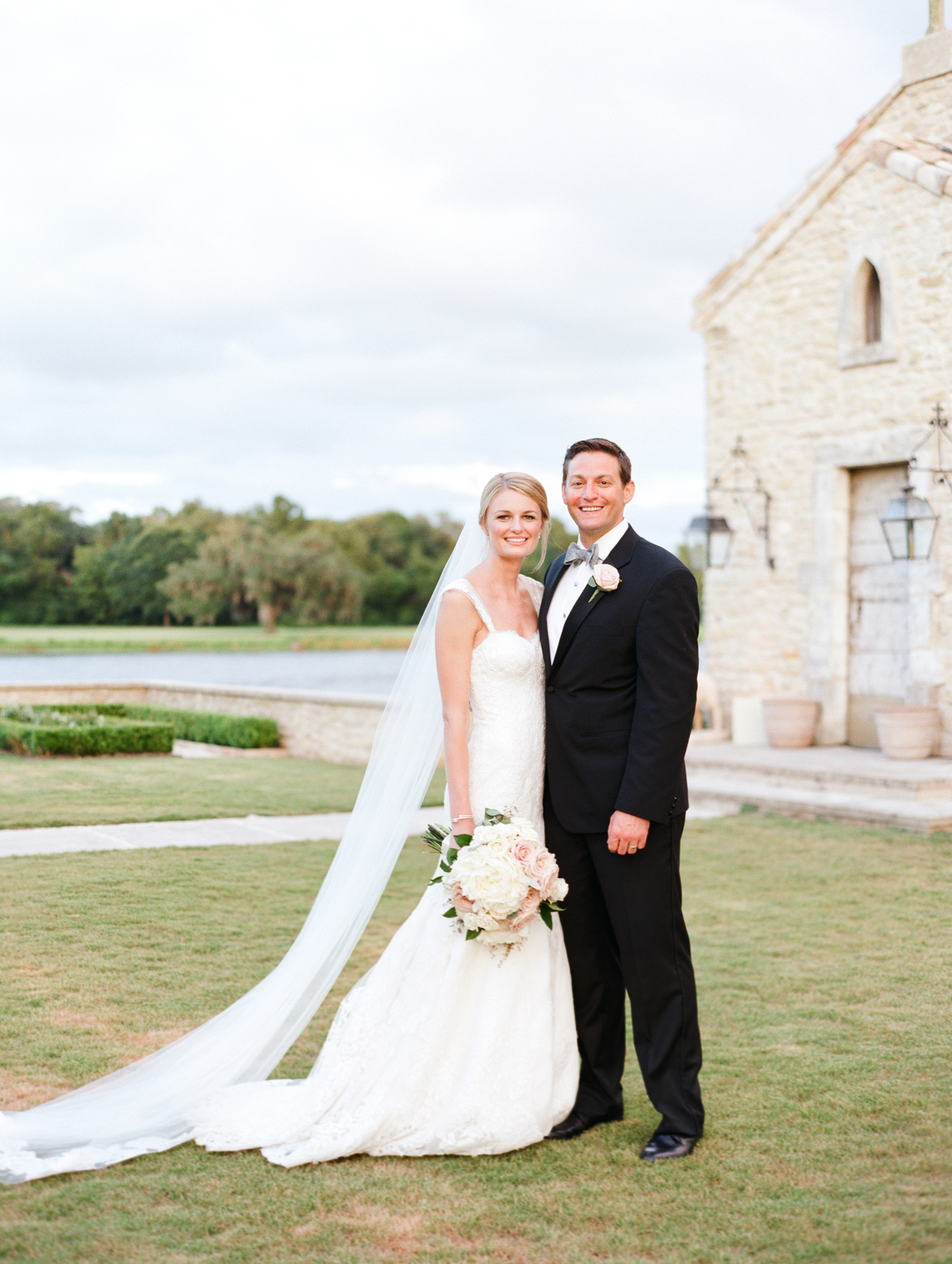 0061_Houston_Oaks_Country_Club_Wedding_Brock.jpg