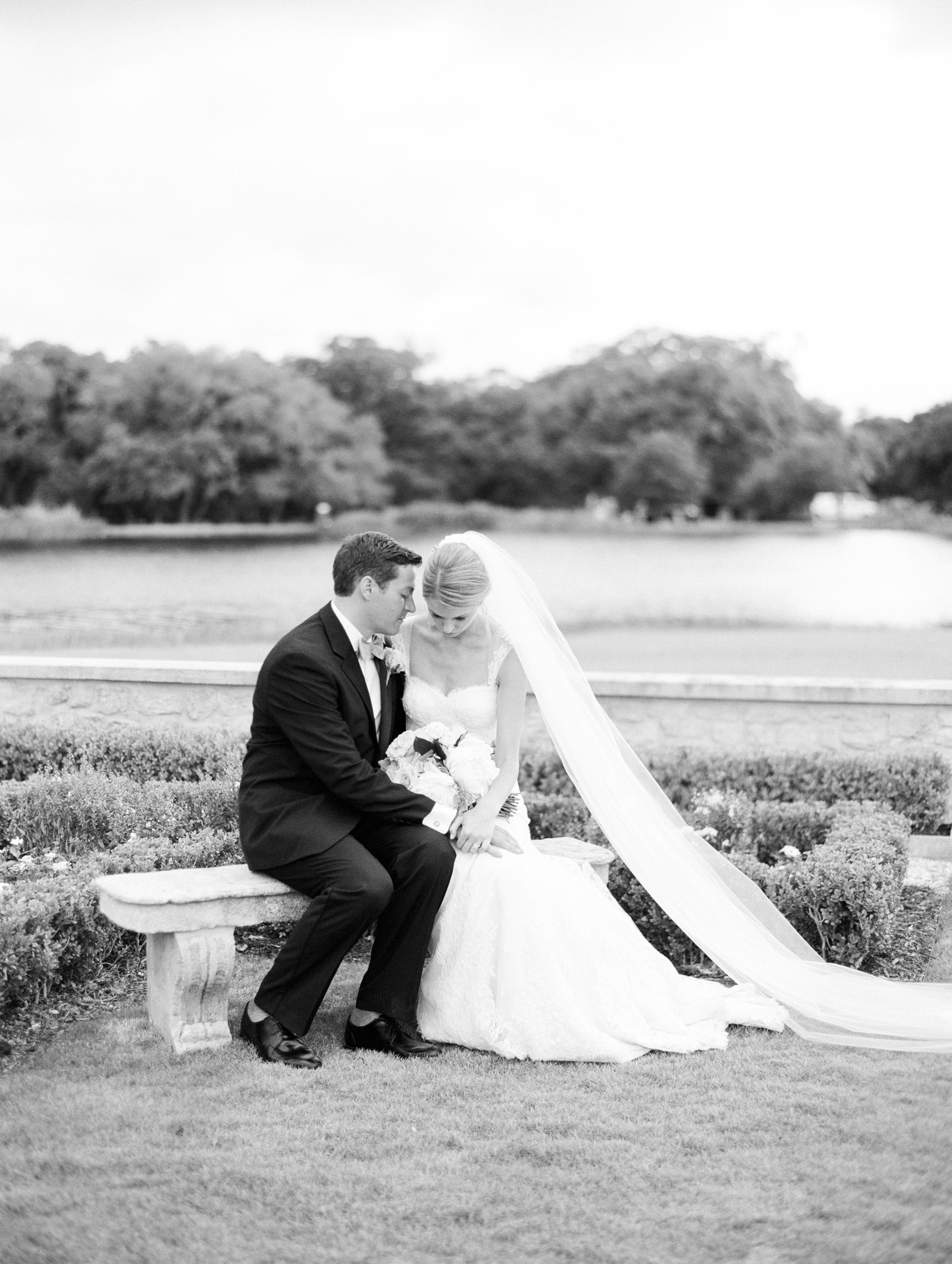 0062_Houston_Oaks_Country_Club_Wedding_Brock.jpg
