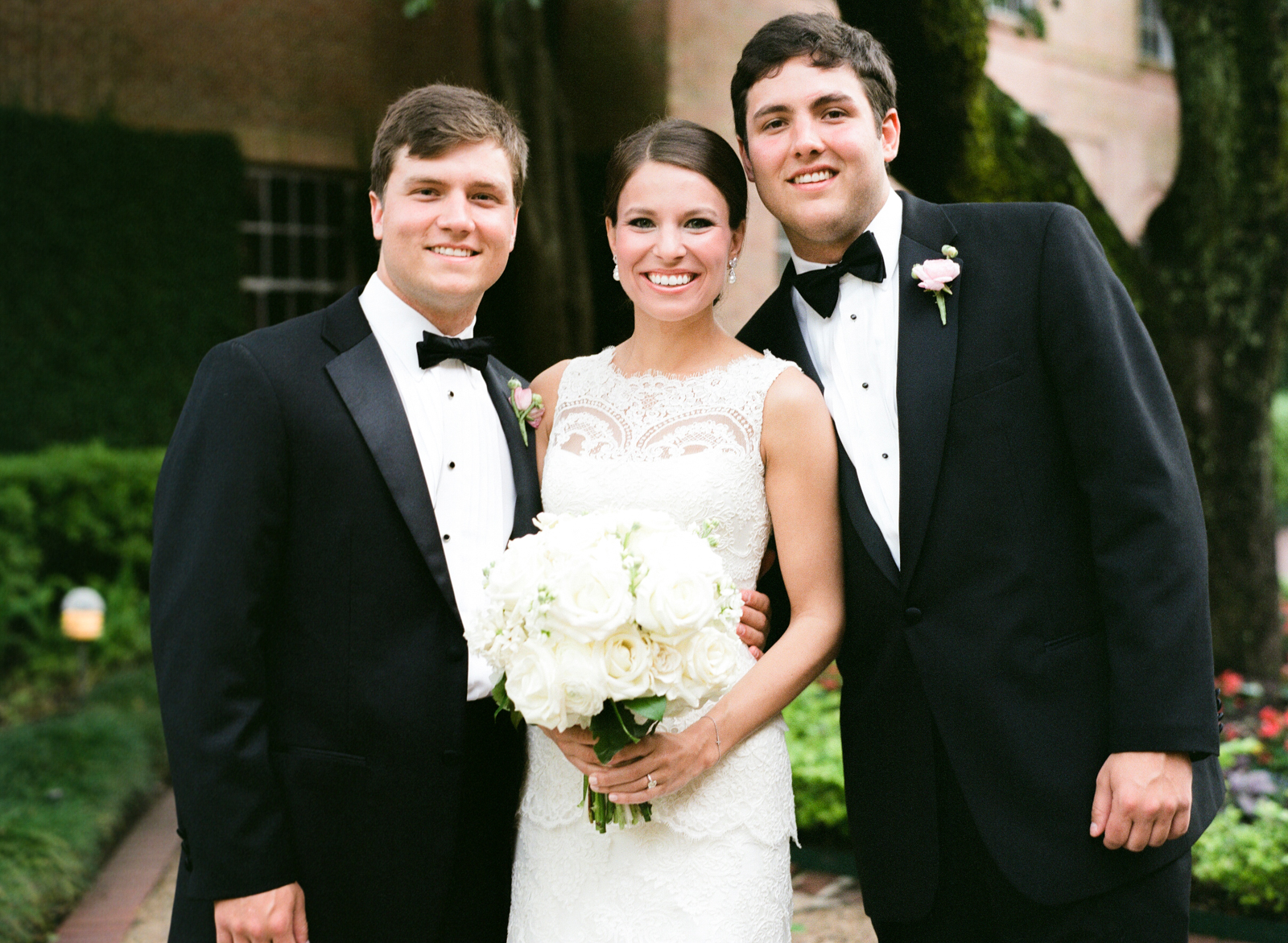 0024_Houston_Country_Club_Wedding_Photographer.jpg