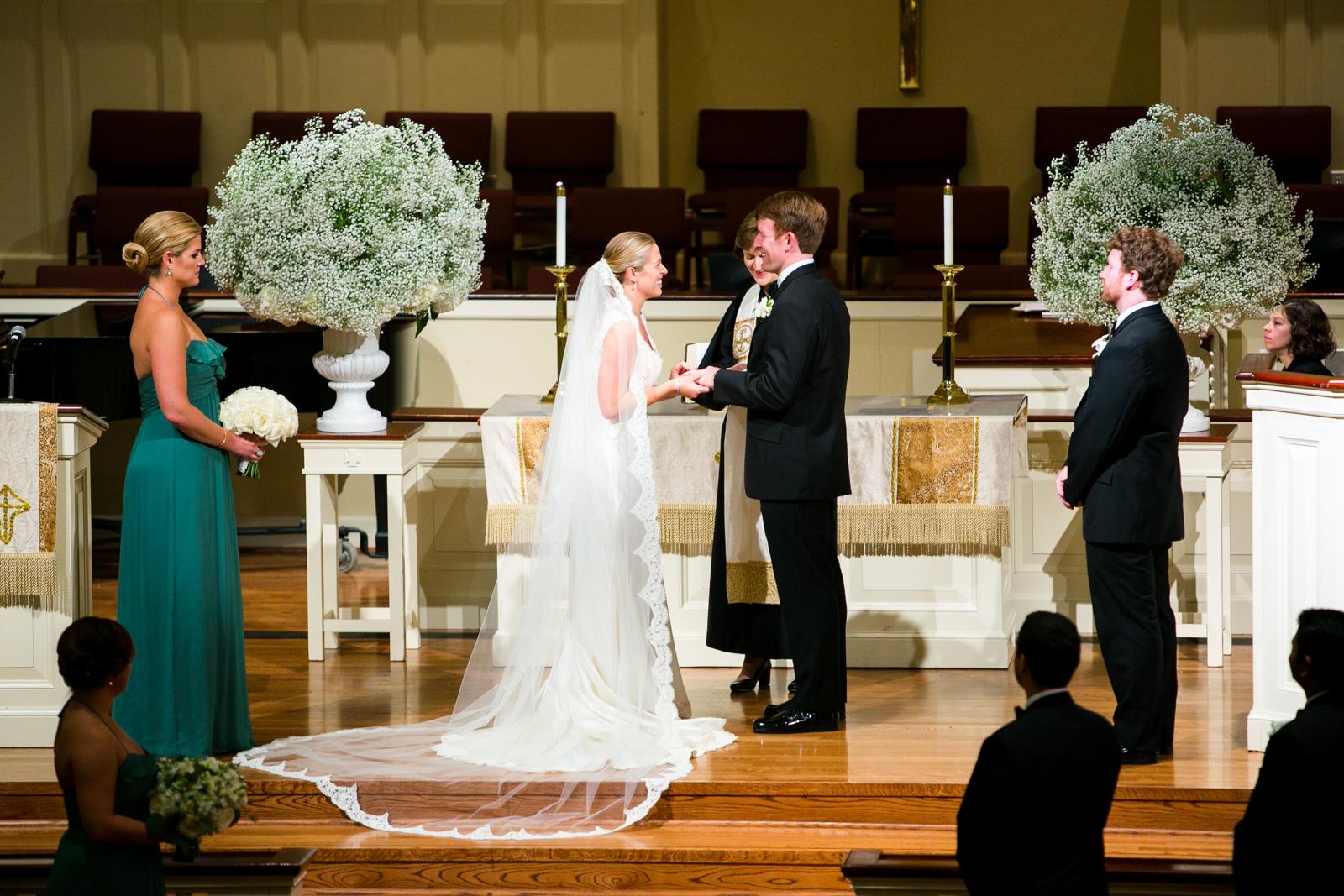 0026_West_University_United_Methodist_Wedding.jpg