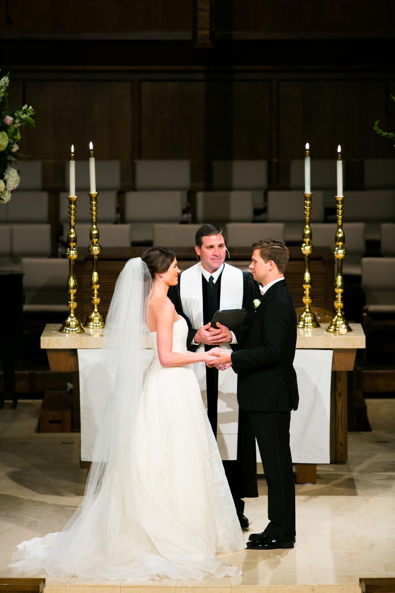 0019_The_Houstonian_Chapelwood_Wedding.jpg