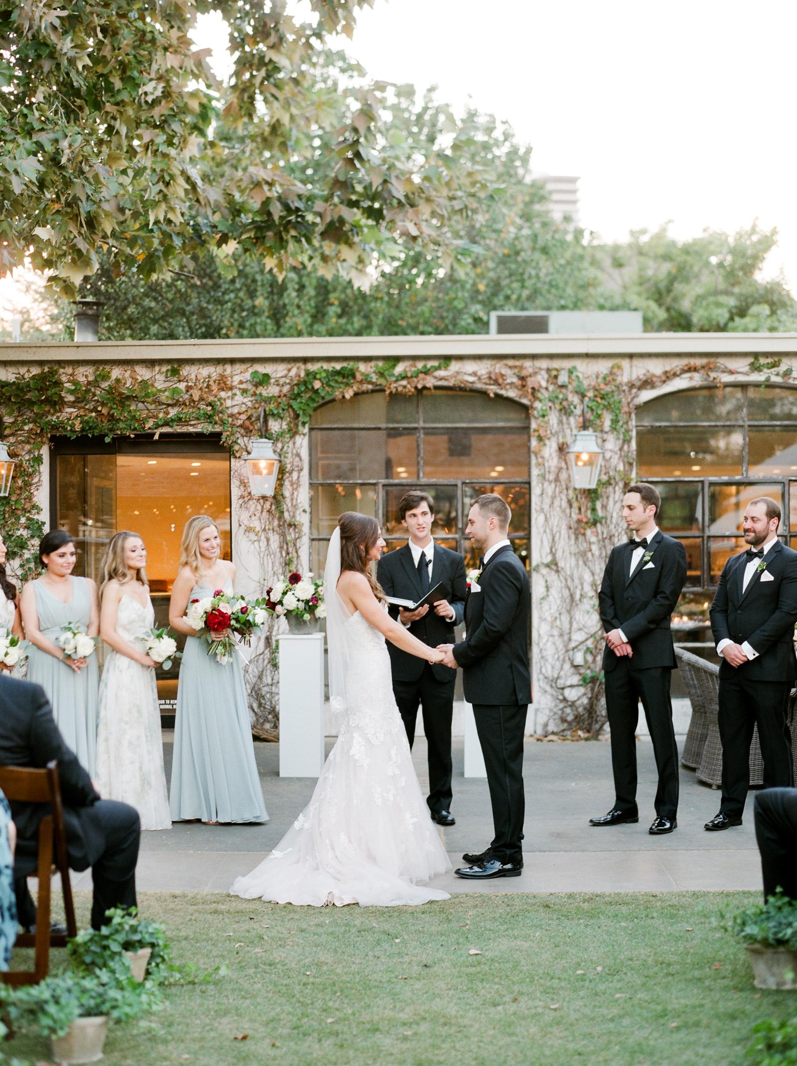 0041_Tiny_Boxwoods_Wedding_Houston_Photographer.jpg