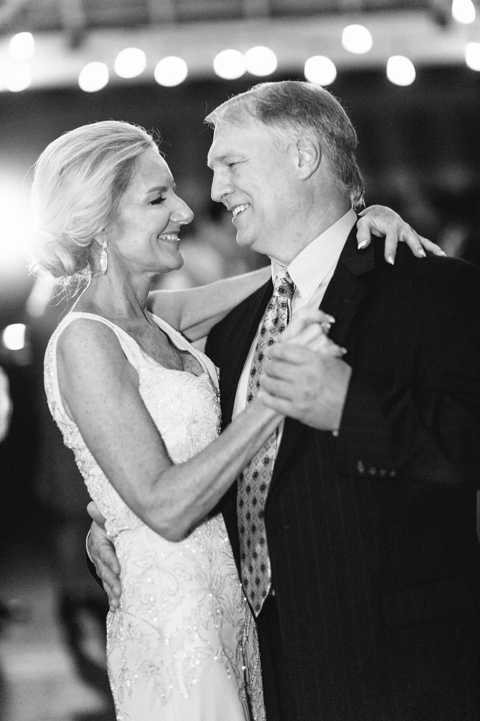 0055_Tiny_Boxwoods_Wedding_Houston_Photographer.jpg
