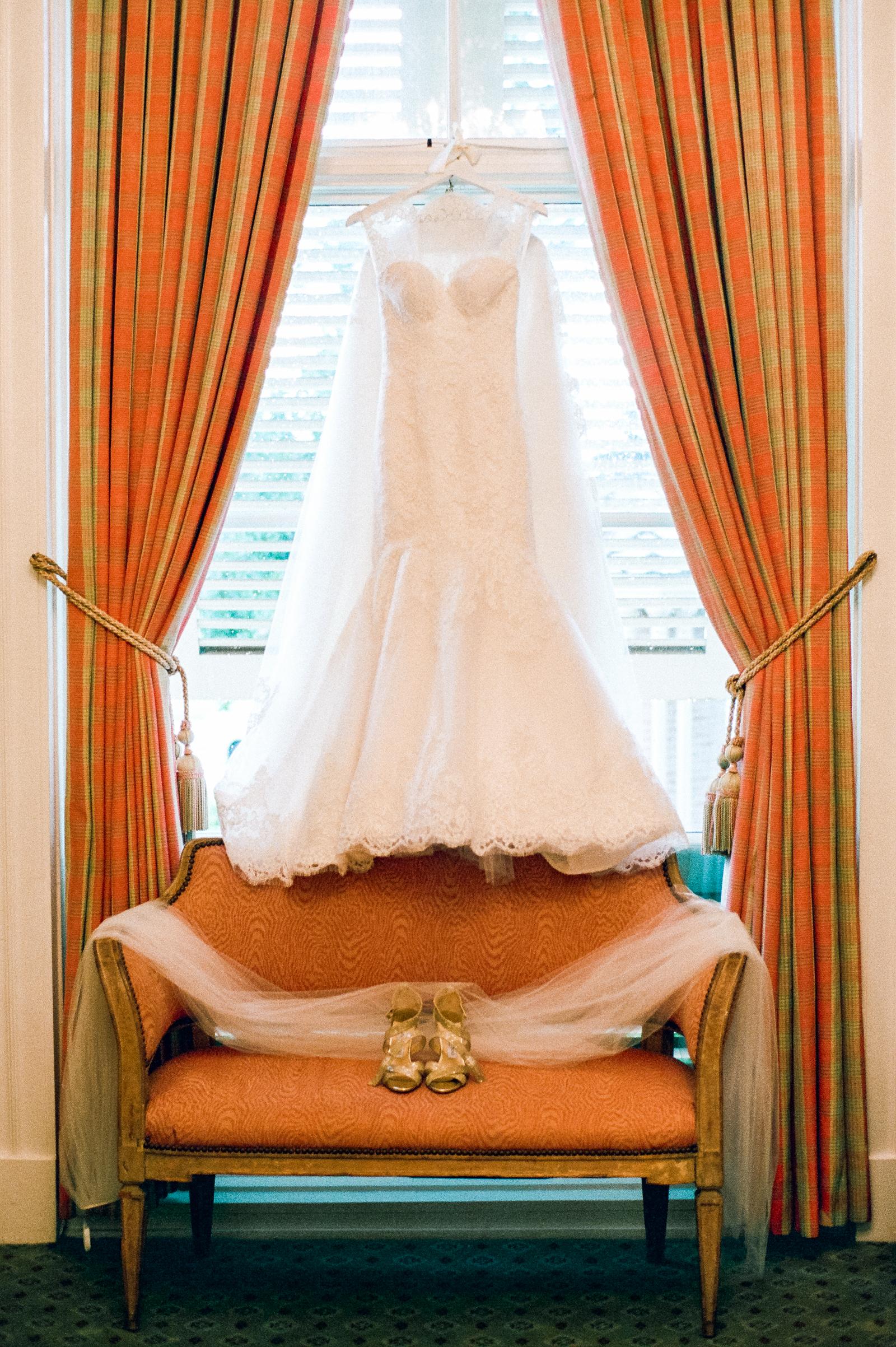 0001_Houston_Country_Club_Wedding_Photographer.jpg