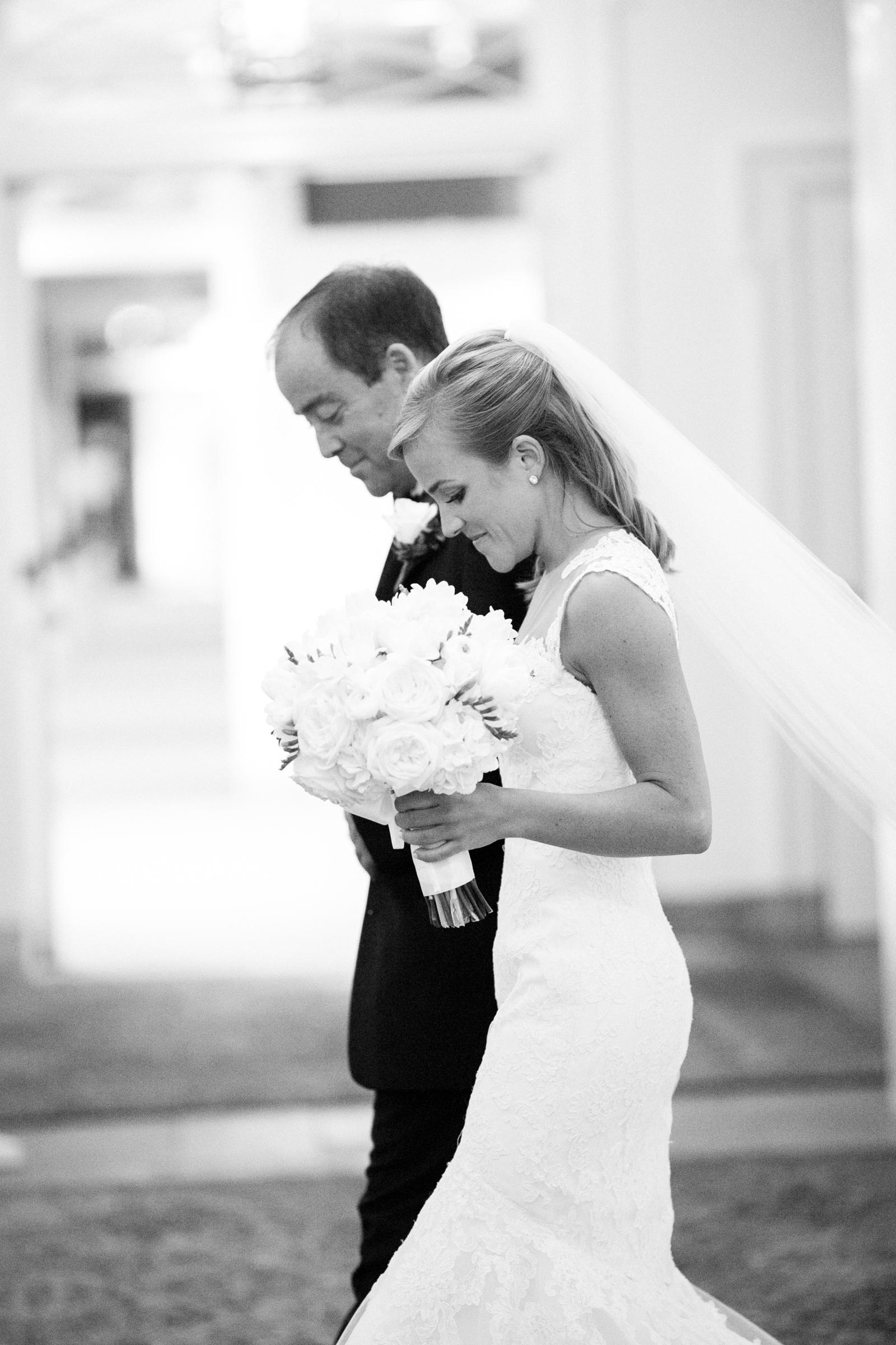 0027_Houston_Country_Club_Wedding_Photographer.jpg