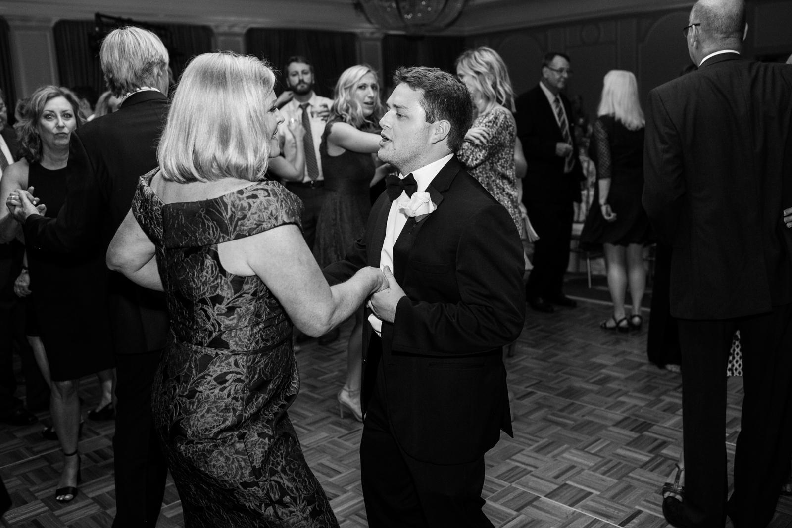 0049_The_Houstonian_Wedding_Photographer.jpg