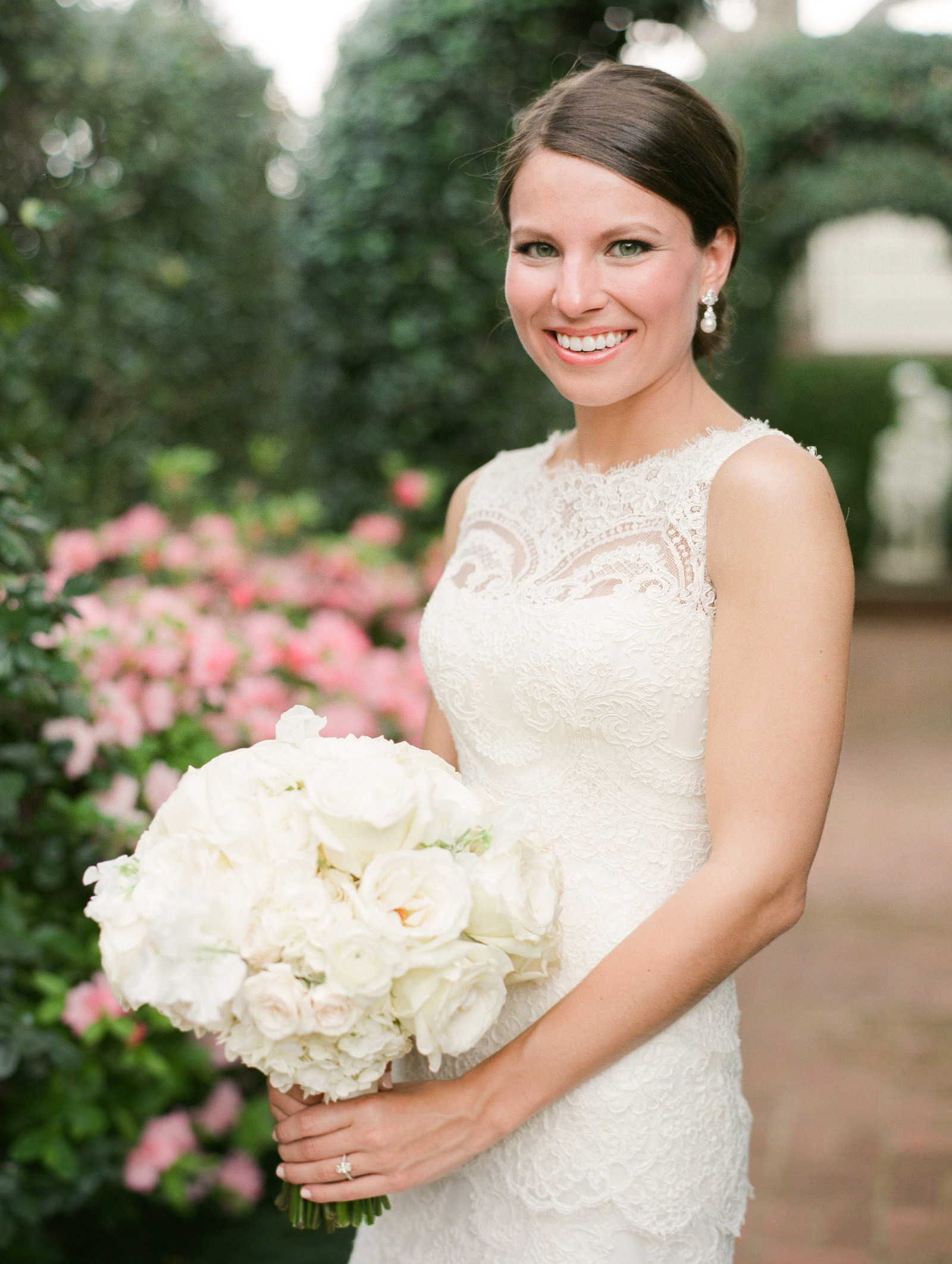 0016_0029_Houston-River-Oaks-Garden-Bridal-Portrait-Photographer.jpg