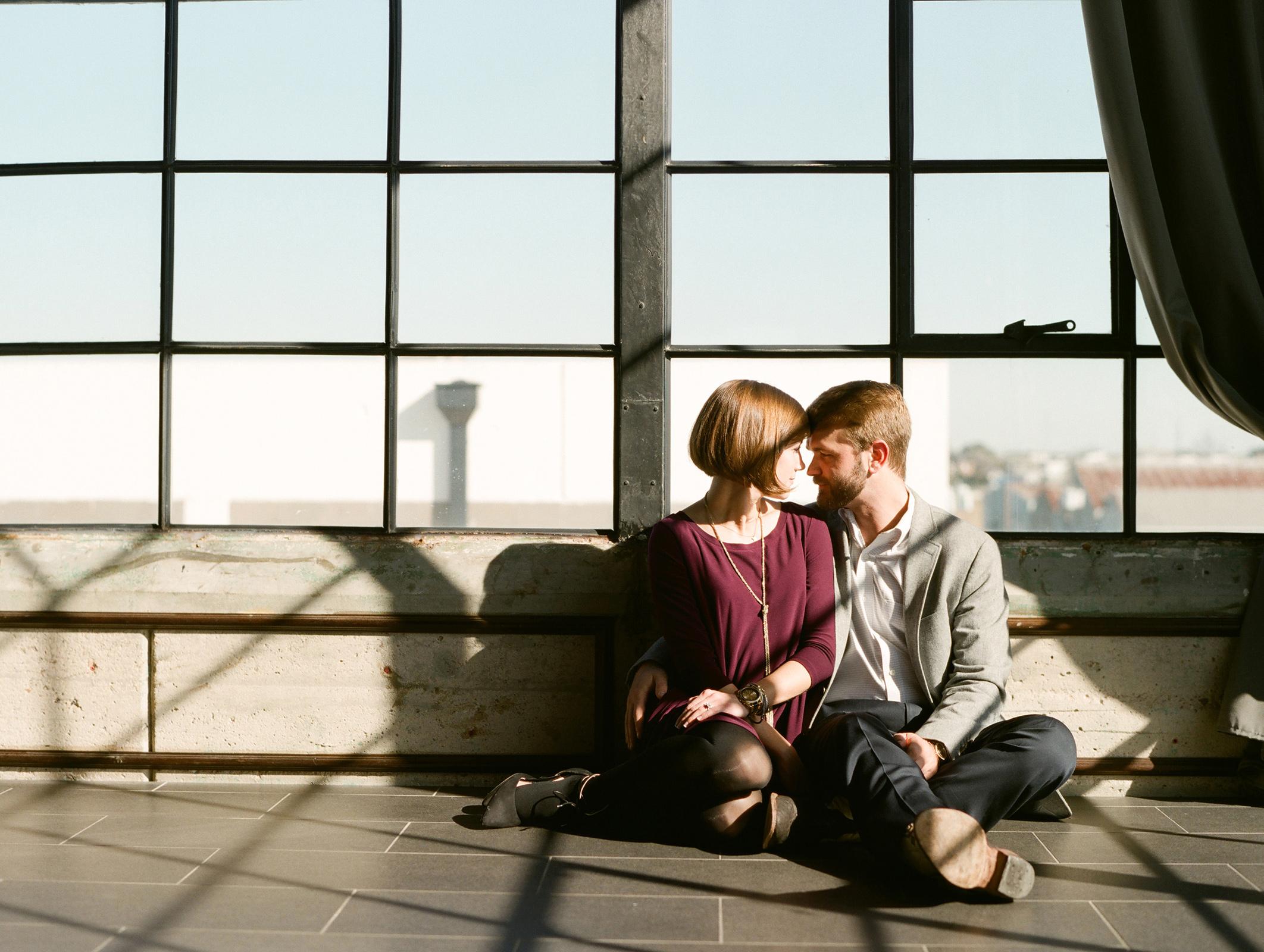 0016-Houston-The-Astorian-Engagement-Photographers.jpg