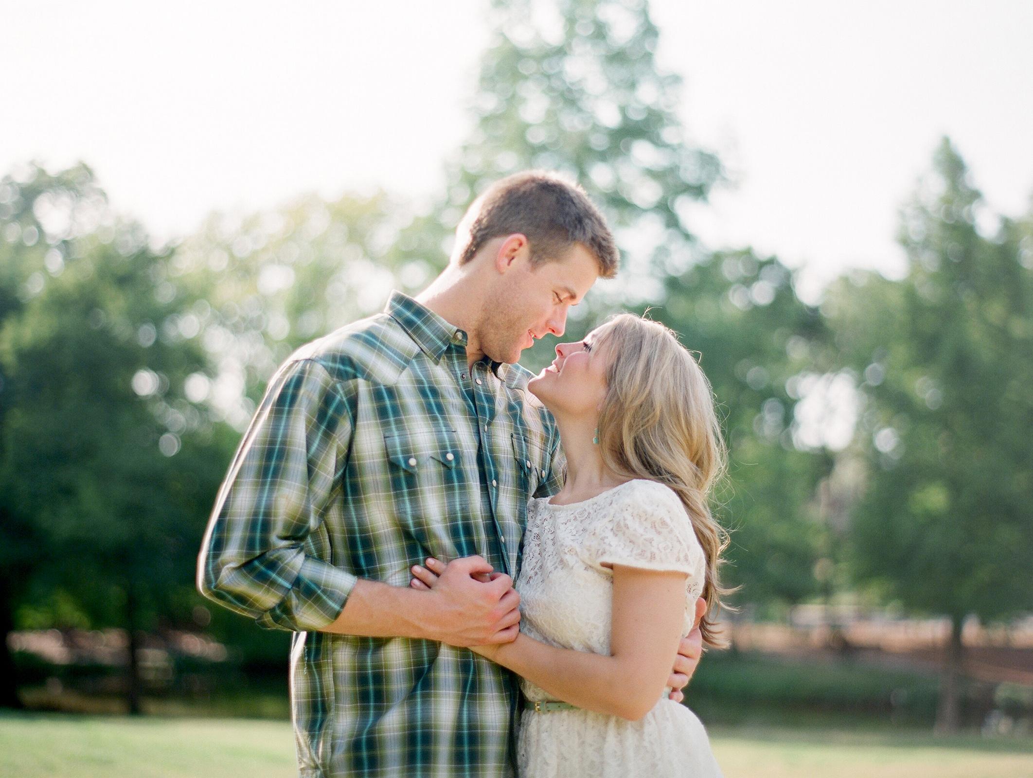 0021-Houston-Film-River-Oaks-Engagement-Photographers.jpg