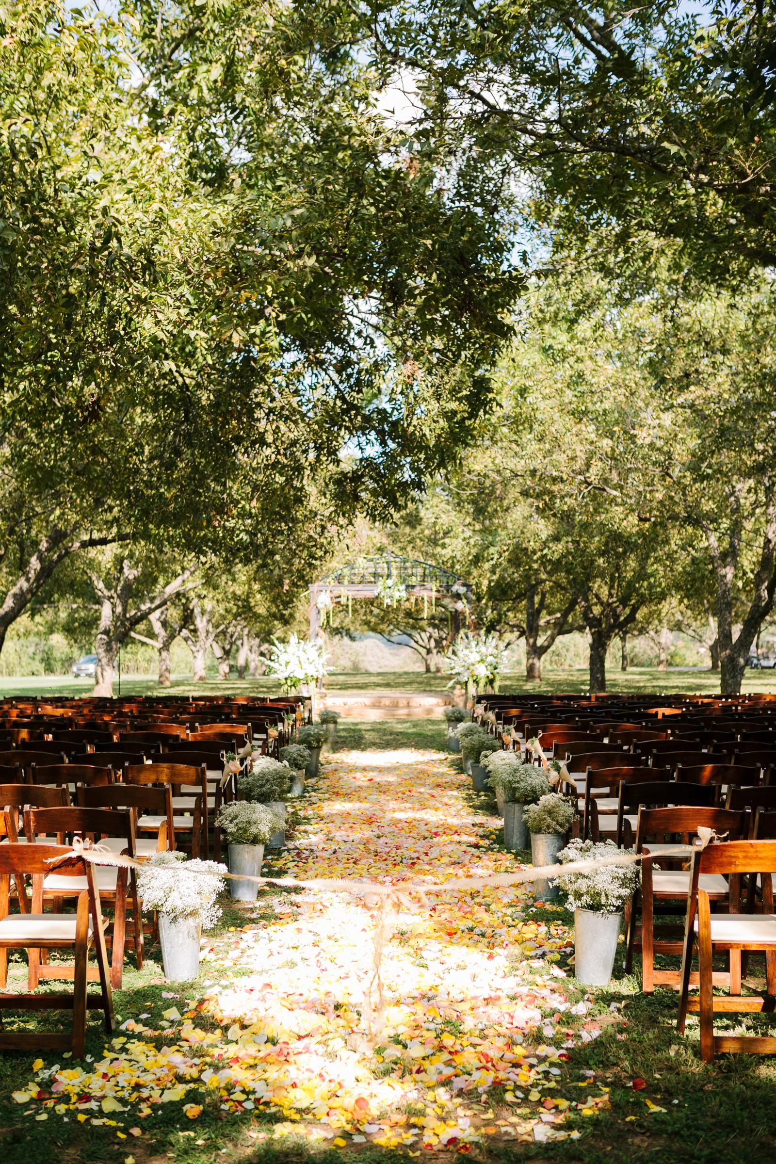 0011_Waco_Ranch_Wedding_Catherine_Nick_Riewoldt.jpg