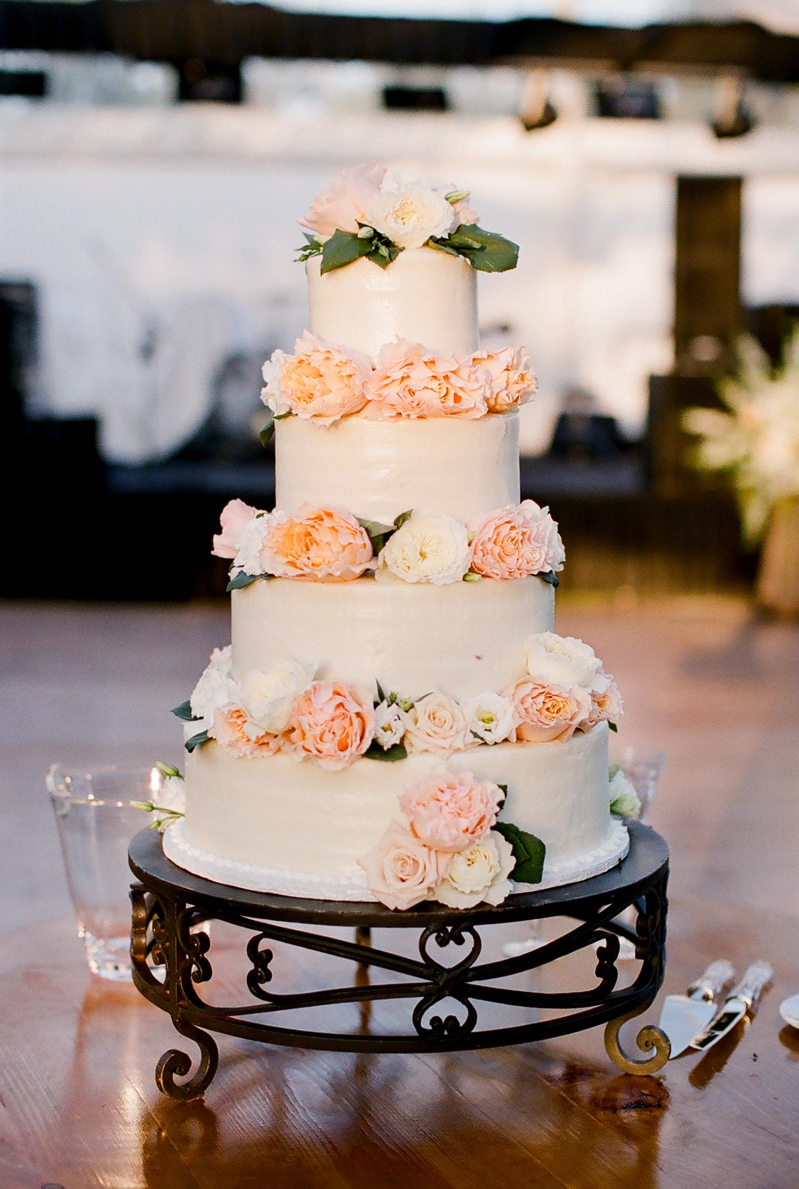 0018_Waco_Ranch_Wedding_Catherine_Nick_Riewoldt.jpg