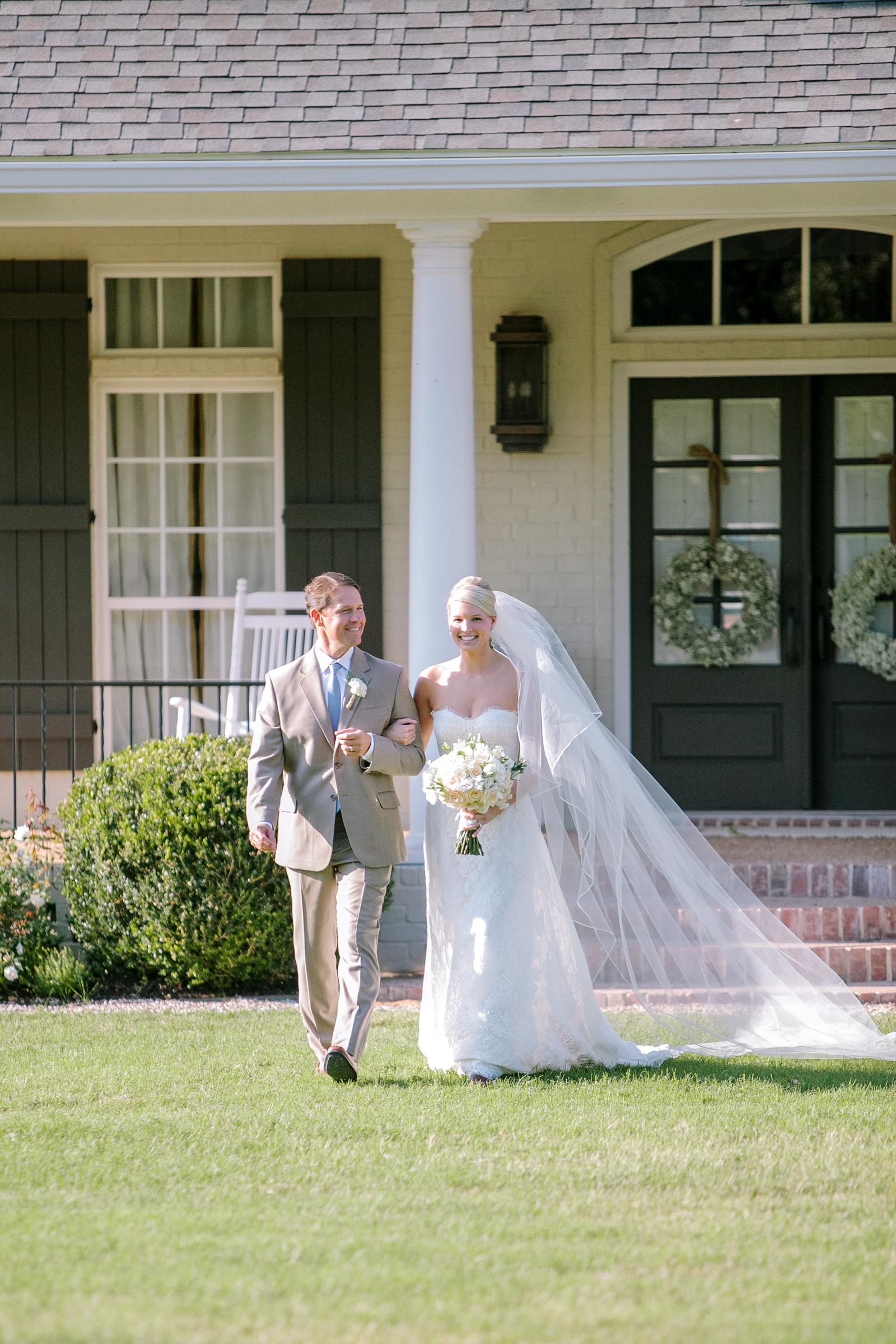 0042_Waco_Ranch_Wedding_Catherine_Nick_Riewoldt.jpg