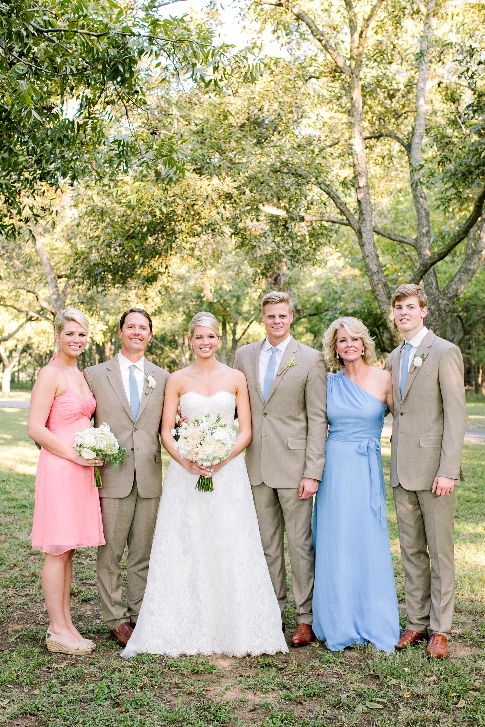 0068_Waco_Ranch_Wedding_Catherine_Nick_Riewoldt.jpg