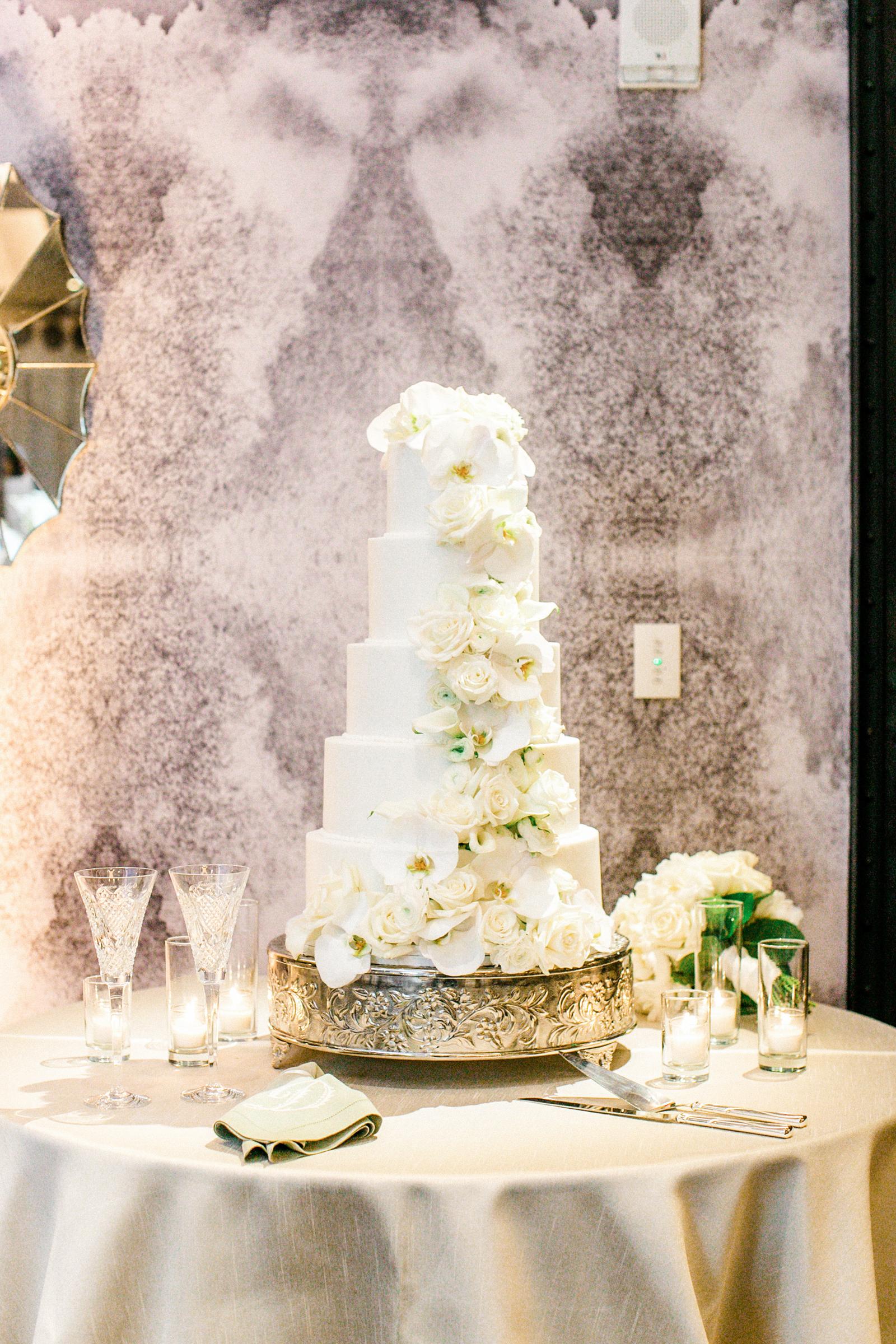0072_Austin-Wedding-Hotel-Van-Zandt.jpg