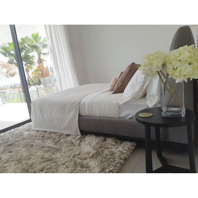 . . . .  #вилла #роскошный  #costadelsol #lyxartiklar #Architecture #villapadierna #bosshomes #CostaDelGolf #propertiesforsale #luxuryhomes #luxurylifestyle # #hotproperties #bosshomes #пляж #infinitypool #Design #ContemporaryVillas #mijas #Marbella #Benalmadena #Sotogrande #Estepona  #bossluxury #puertobanus #Summer #August #Summer2019 #summervibes  #chilling #Tuesday