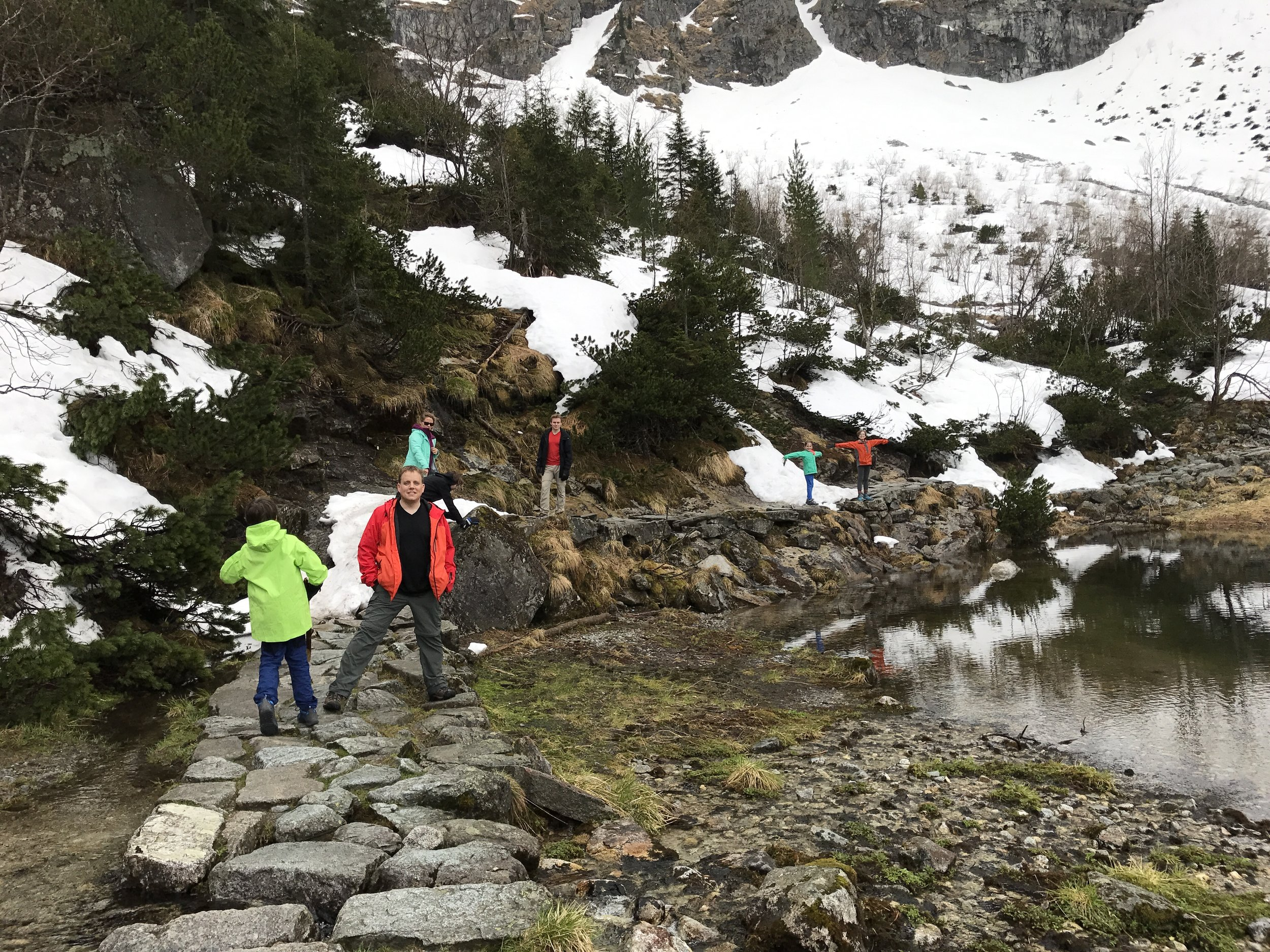 Hiking around Morski Oko, toward Czarny Staw