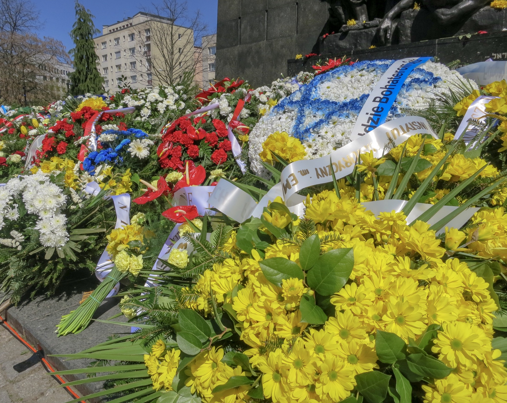 Wreaths laid at the Heroes of the Ghetto Monument in commemoration of the 76th Anniversary of the Warsaw Ghetto Uprising