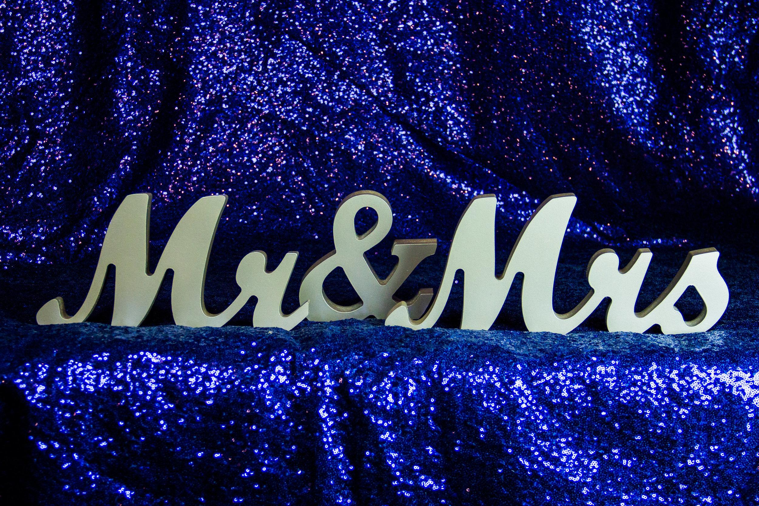 Wooden Mr. & Mrs.