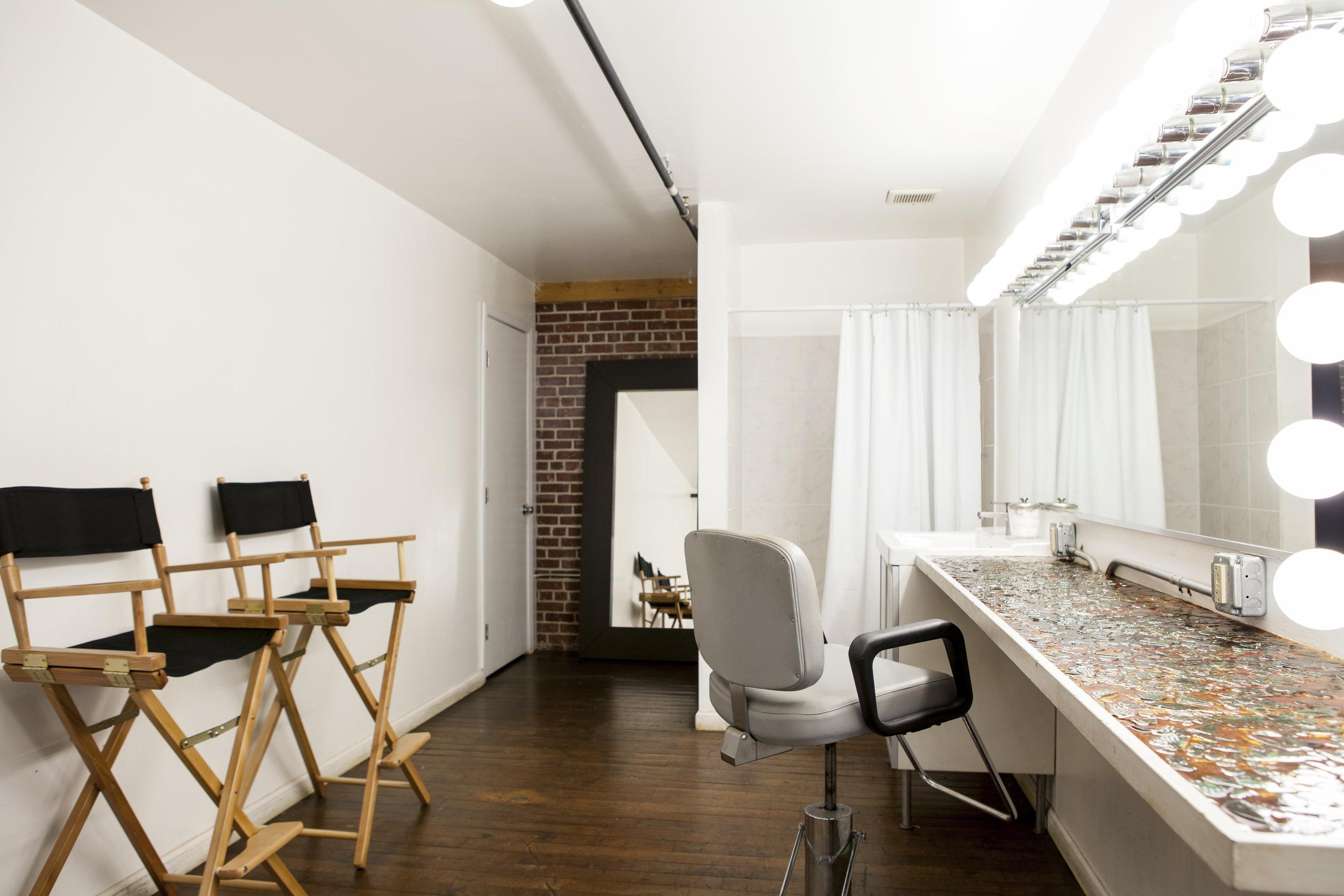 Ambient Studio Beauty 2091.jpg