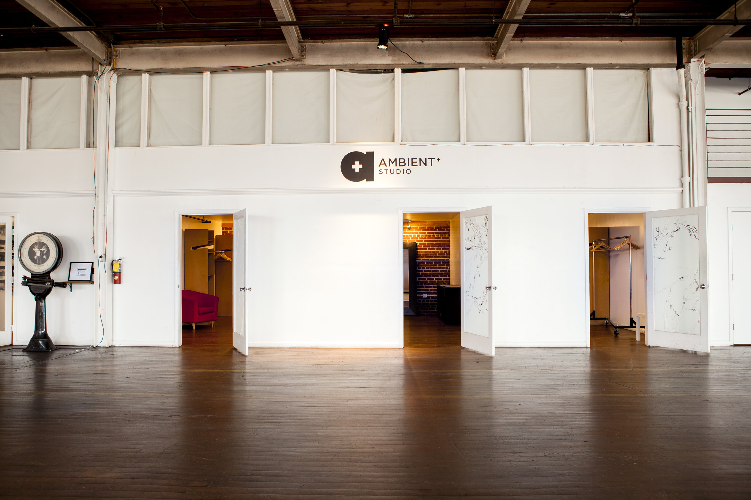 Ambient Studio Beauty 2097.jpg
