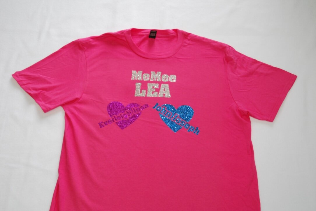 MeMee Lea created using silver, hot pink, and blue glitter.