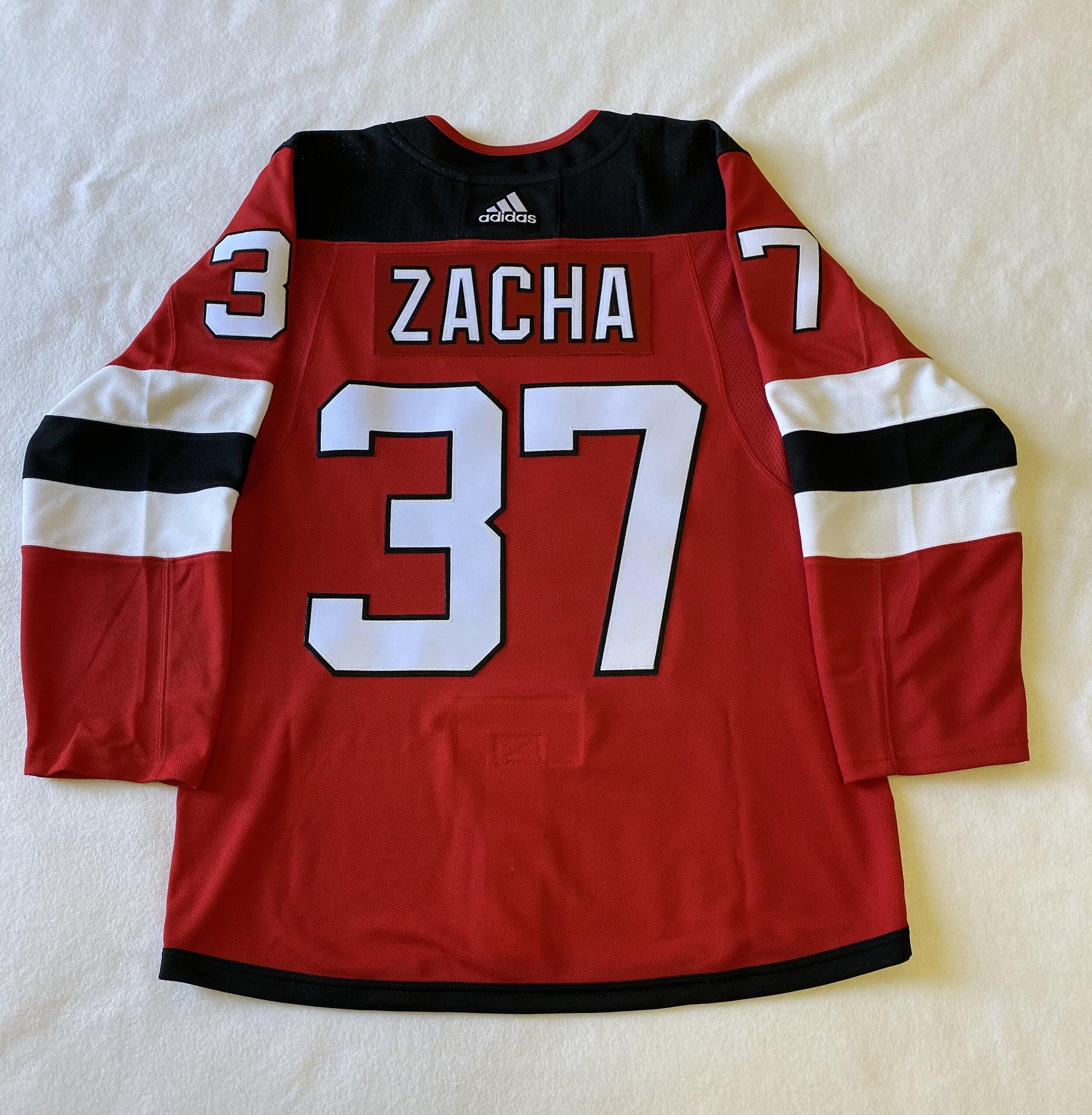 NJ Devils - ZACHA 37