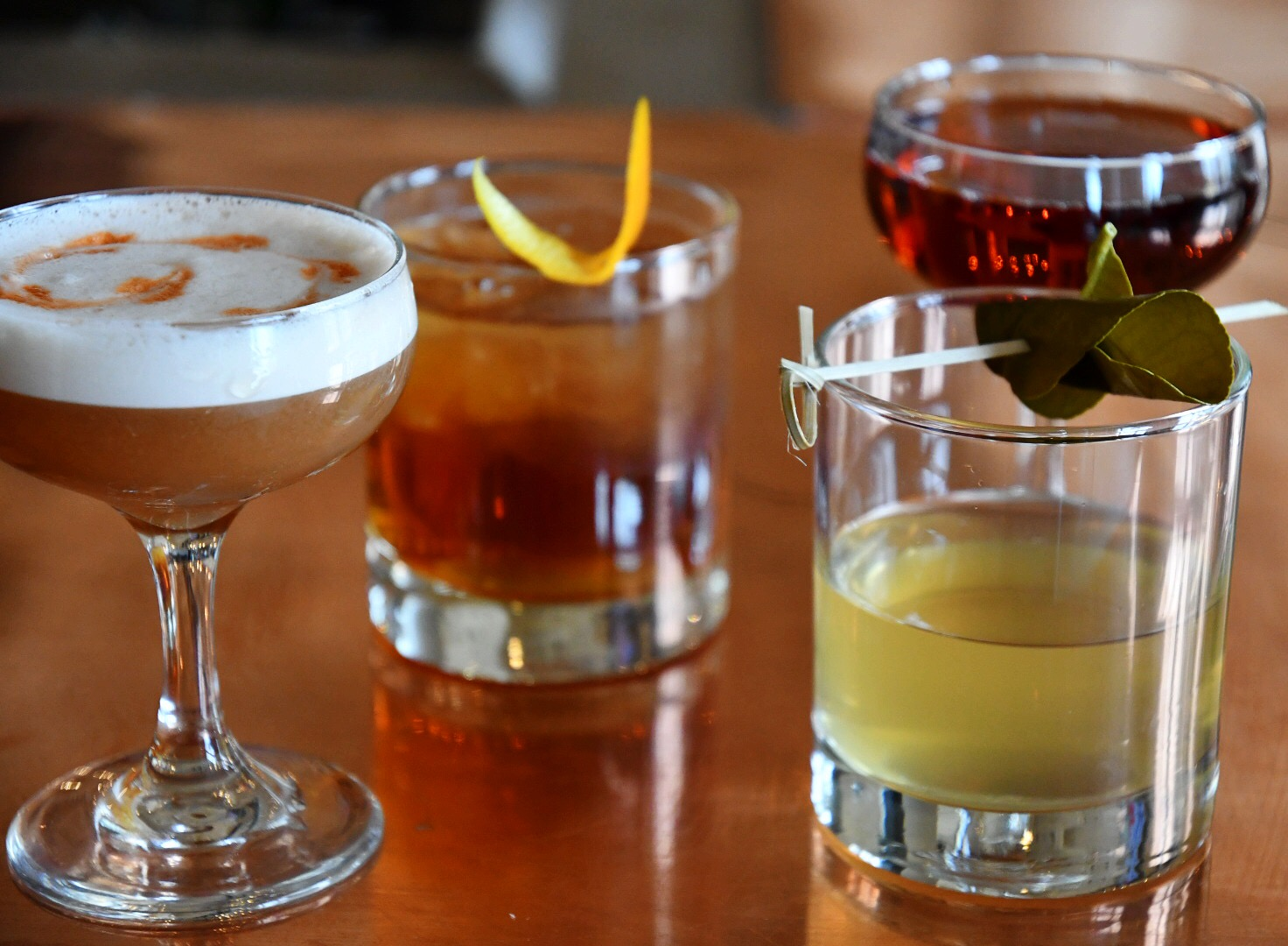10.29.18_CharityCocktails_Group.JPG