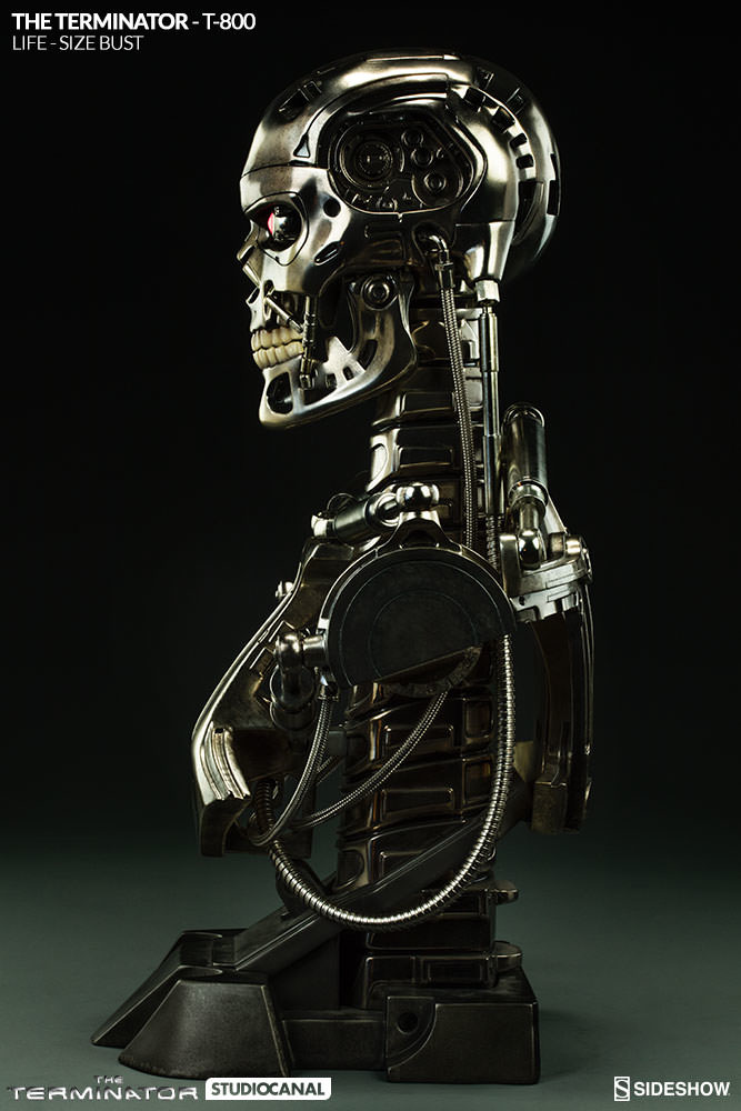 sideshow-terminator-t-800-life-size-bust-400219-08_667.jpg