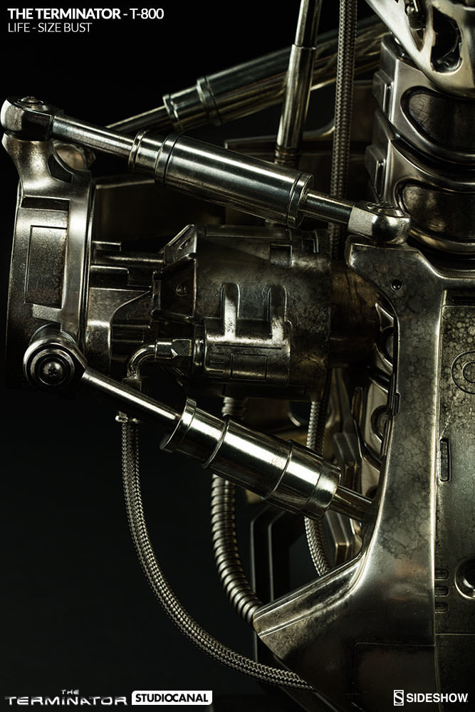 sideshow-terminator-t-800-life-size-bust-400219-12_667.jpg
