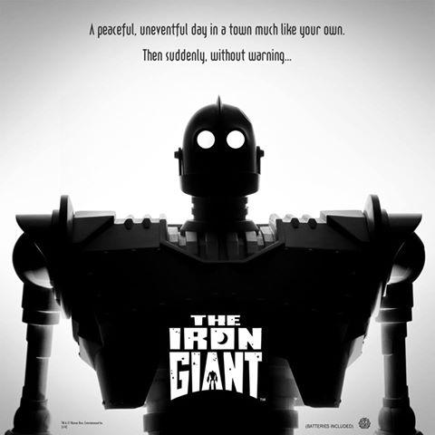 Iron-Giant-figure-Mondo-Giant.jpg