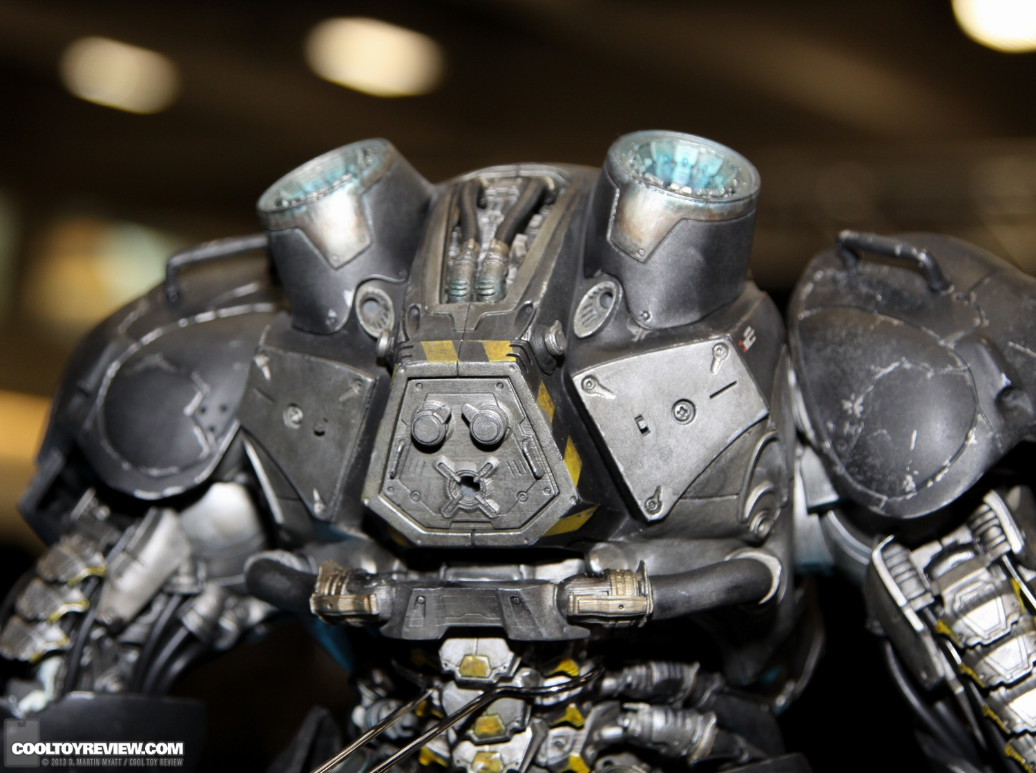 Starcraft-Marine-Raynor-SDCC_2013_Sideshow_Collectibles_Wed-019_o.jpg