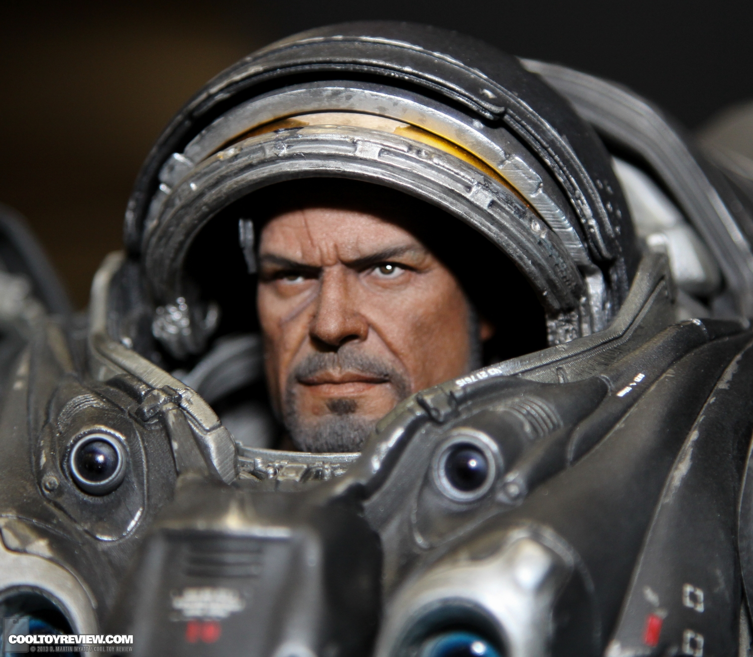 Starcraft-Marine-Raynor-SDCC_2013_Sideshow_Collectibles_Wed-025_o.jpg