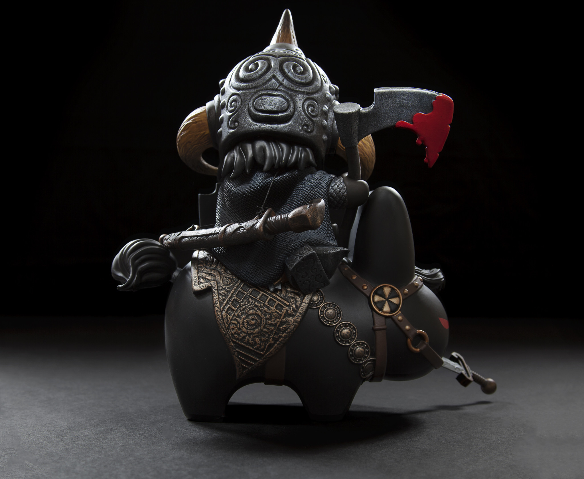 vinyl-frazetta-death-dealer-medium-figure-by-frank-kozik-4.jpg