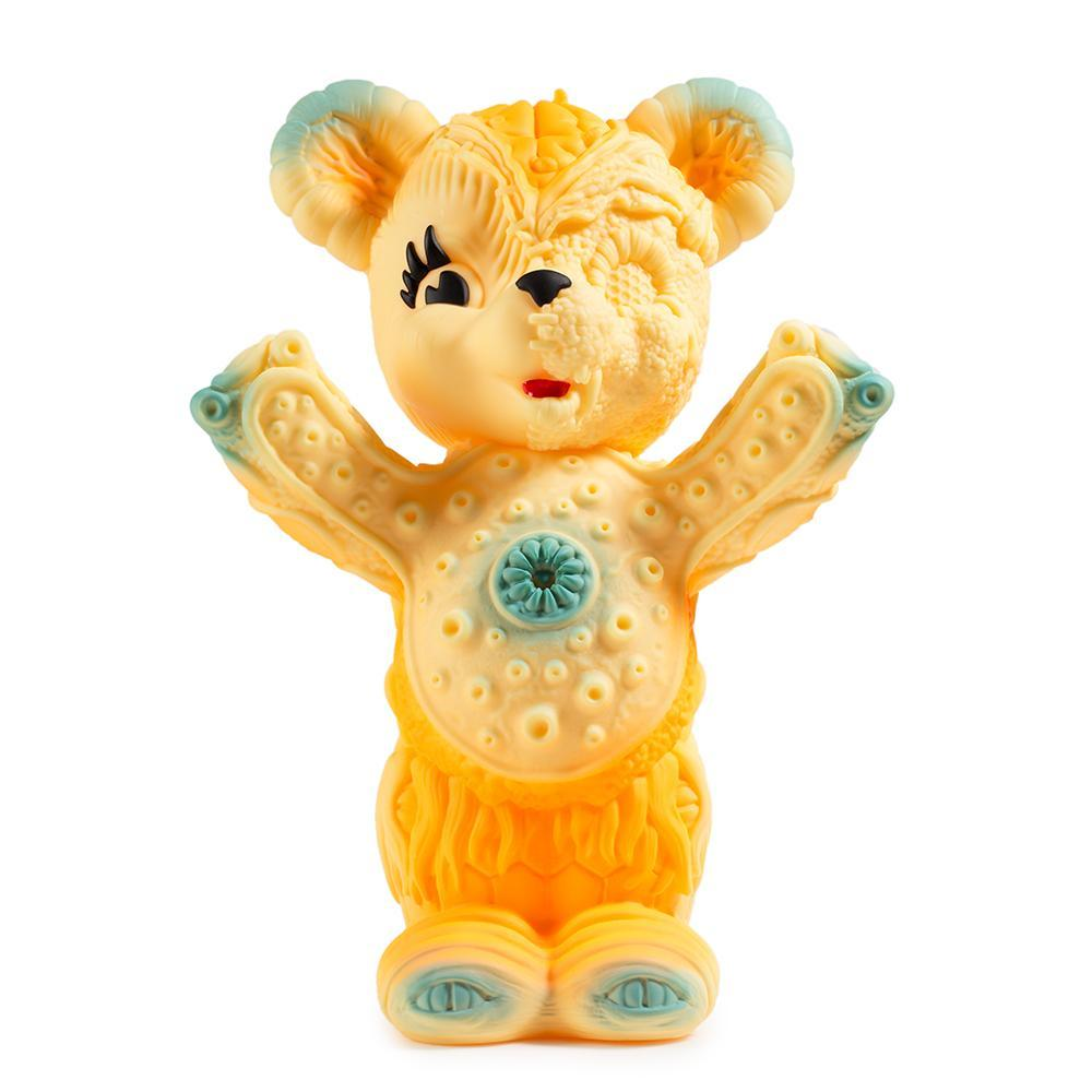 vinyl-free-hugs-bear-10-figure-by-frank-kozik-9.jpg