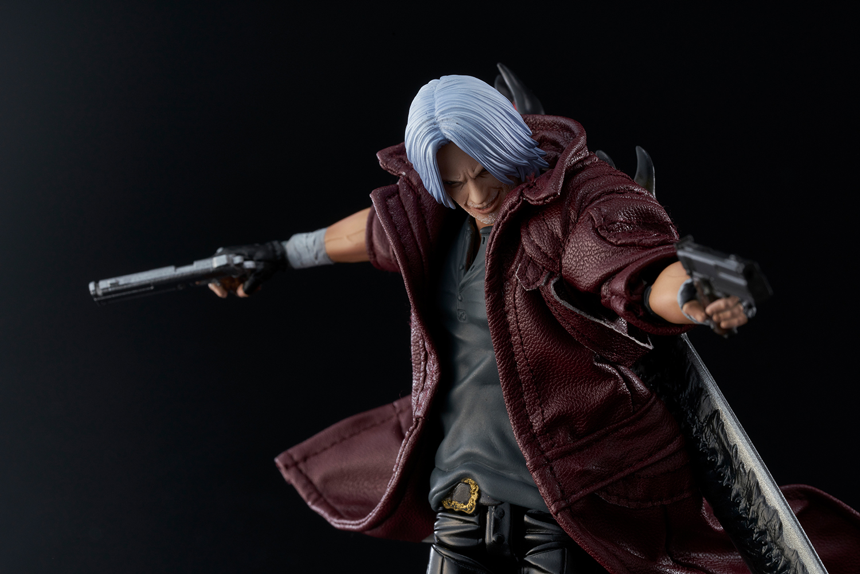 1000toys DMC Dante Deluxe 5.jpg