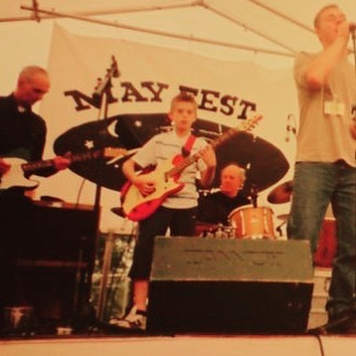 #throwbackthursday is taking me way back to when I was just a nipper and three quarter length trousers were acceptable! It was possibly my first ever #livemusic performance! #stillgoingstrong #notdoneyet