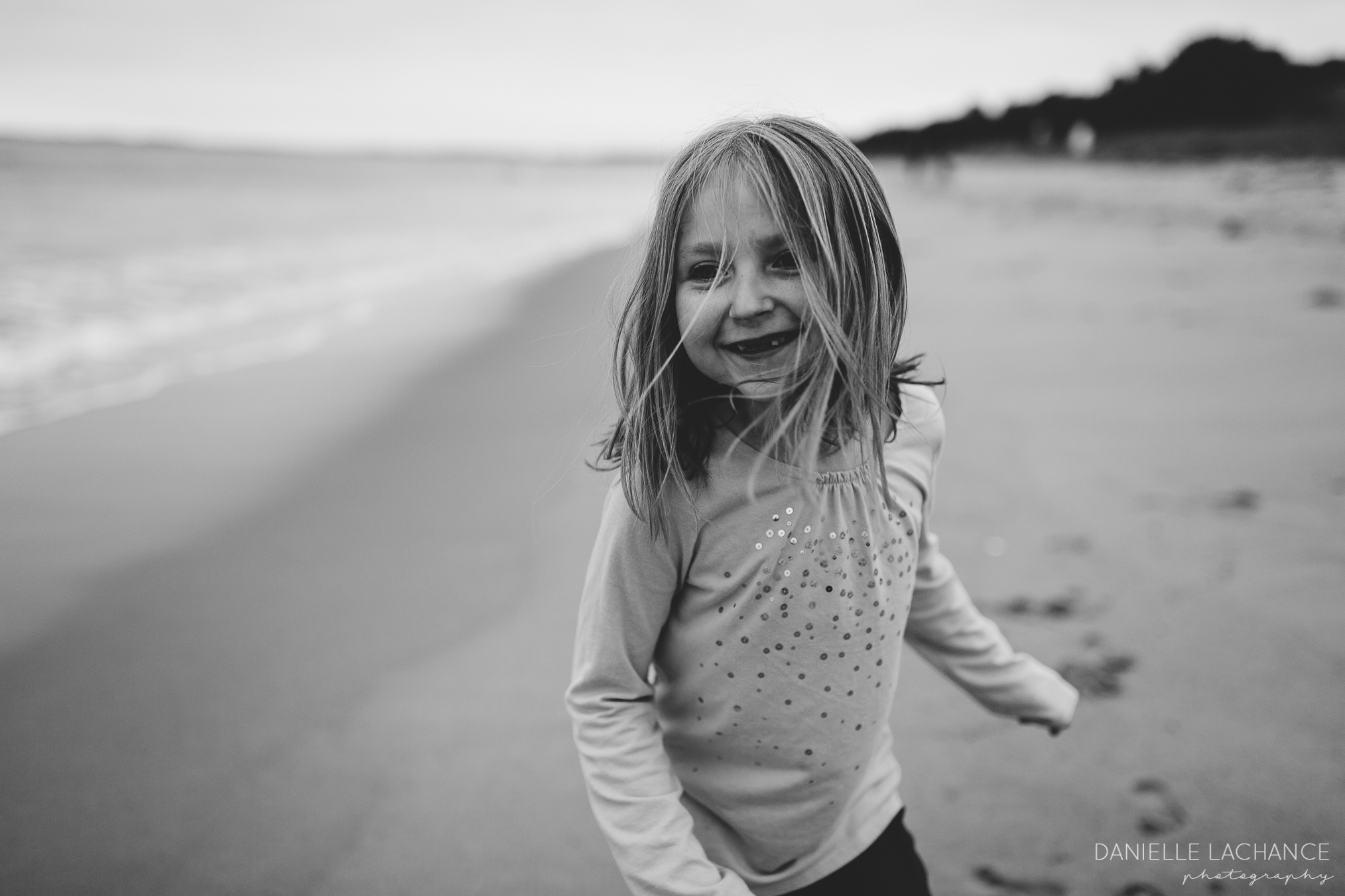 maine-family-photographer-saco-biddeford-beach-session-photography-14.jpg