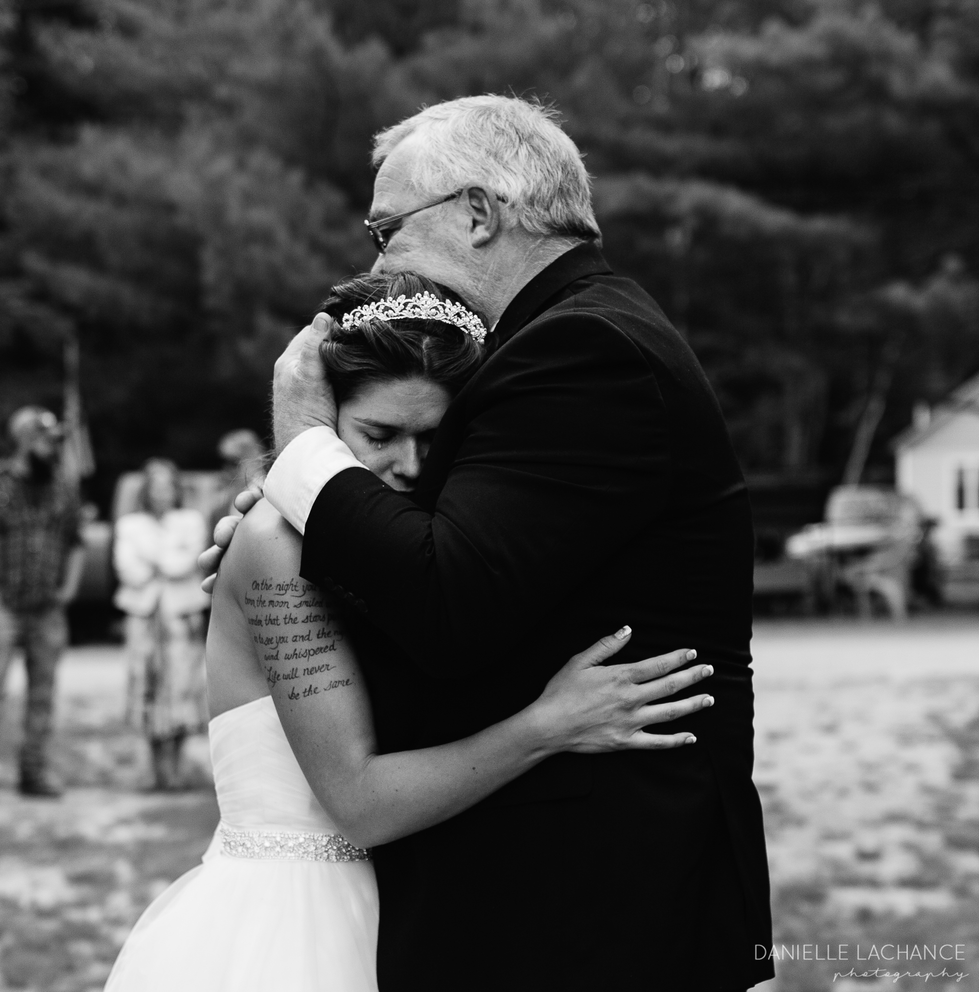 maine-father-daughter-dance-emotional-black-and-white-documentary-photographer.jpg