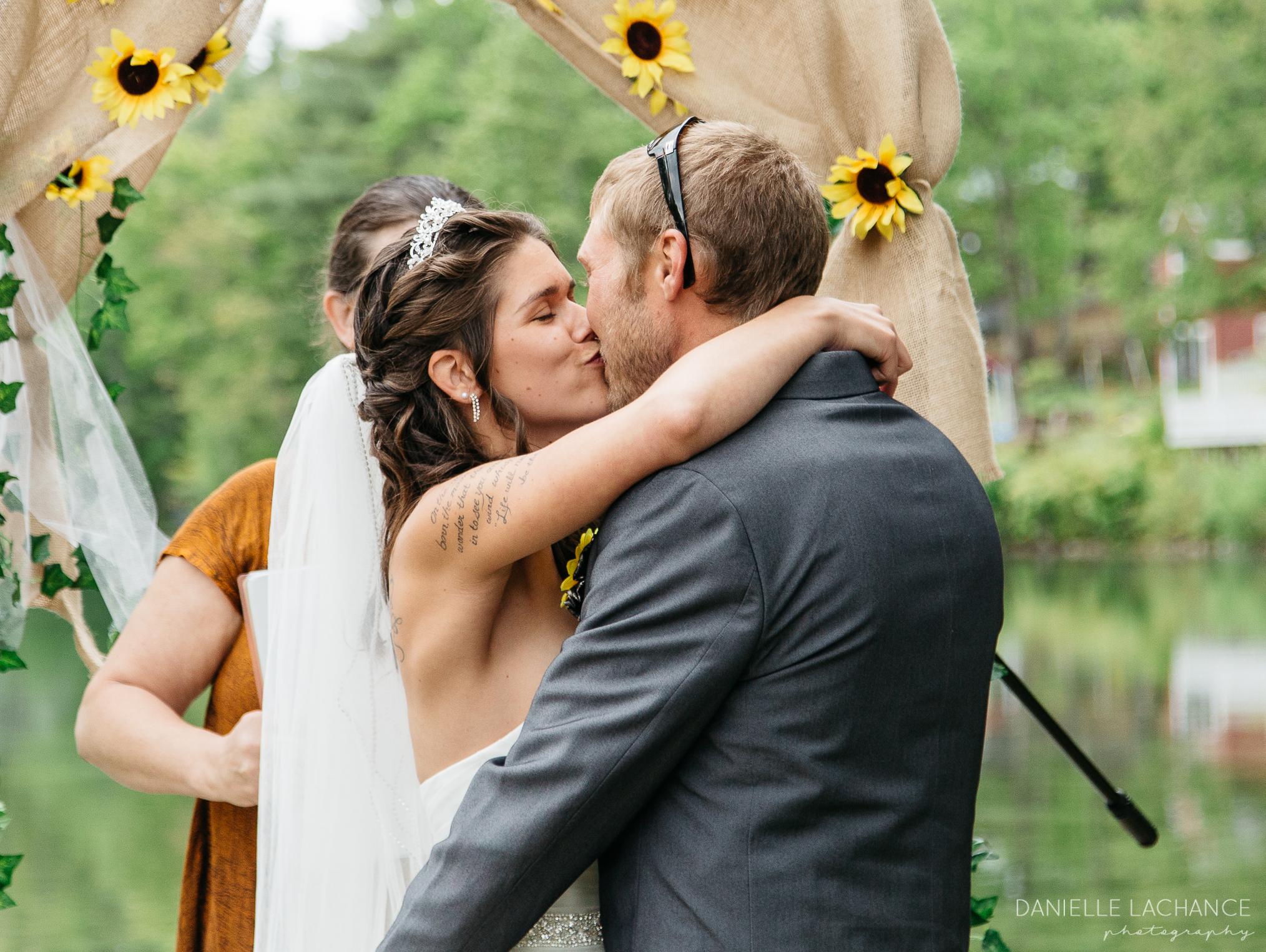 maine-wedding-photographer-first-kiss.jpg