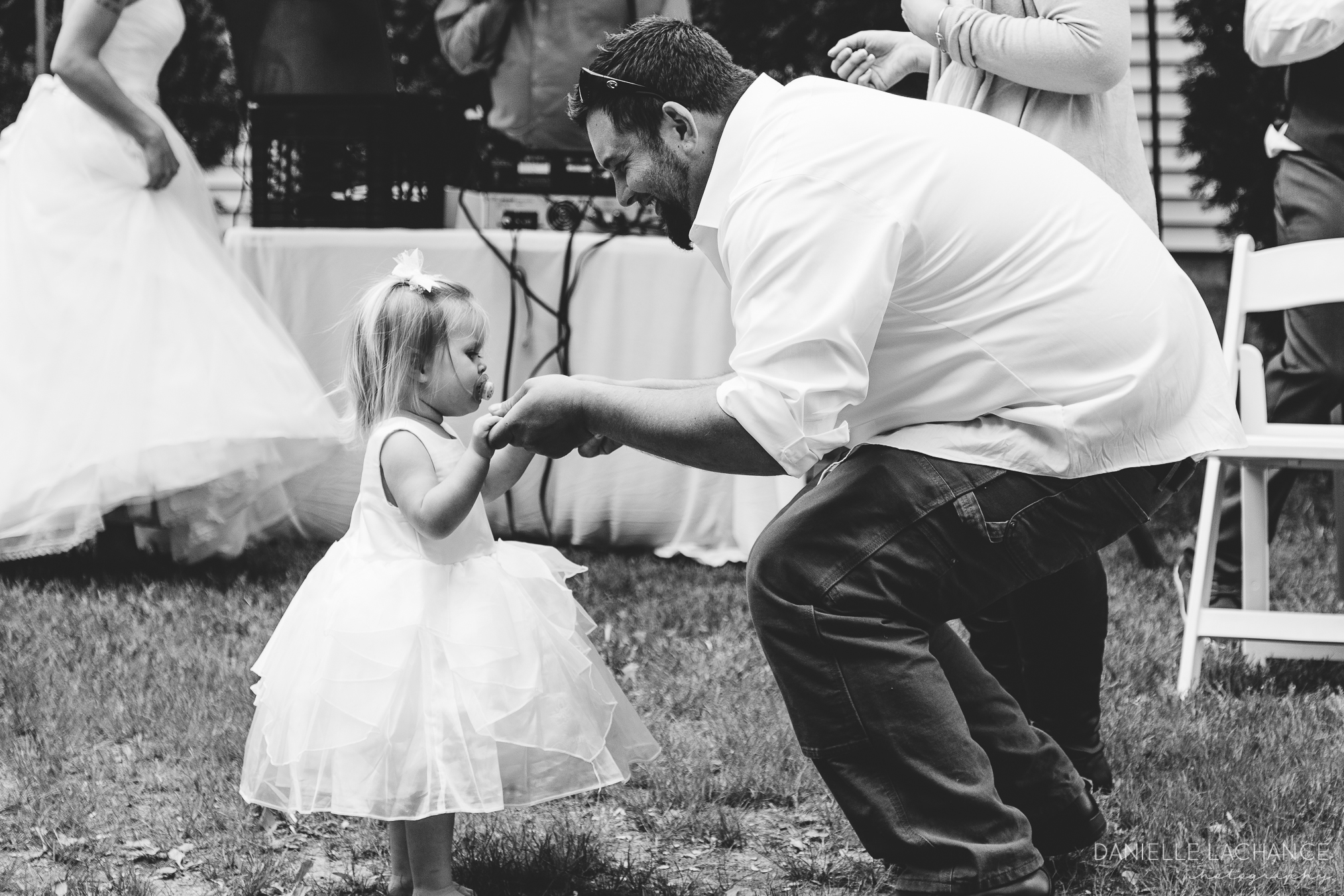 maine-wedding-photographer-reception-dancing.jpg