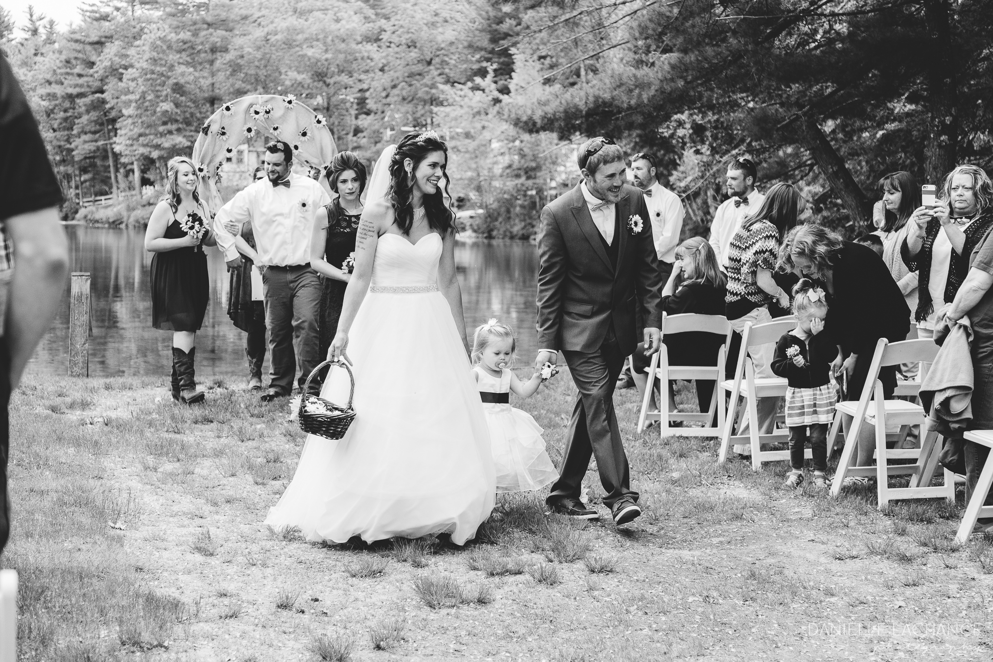 maine-wedding-photographer-rustic-wedding-party.jpg