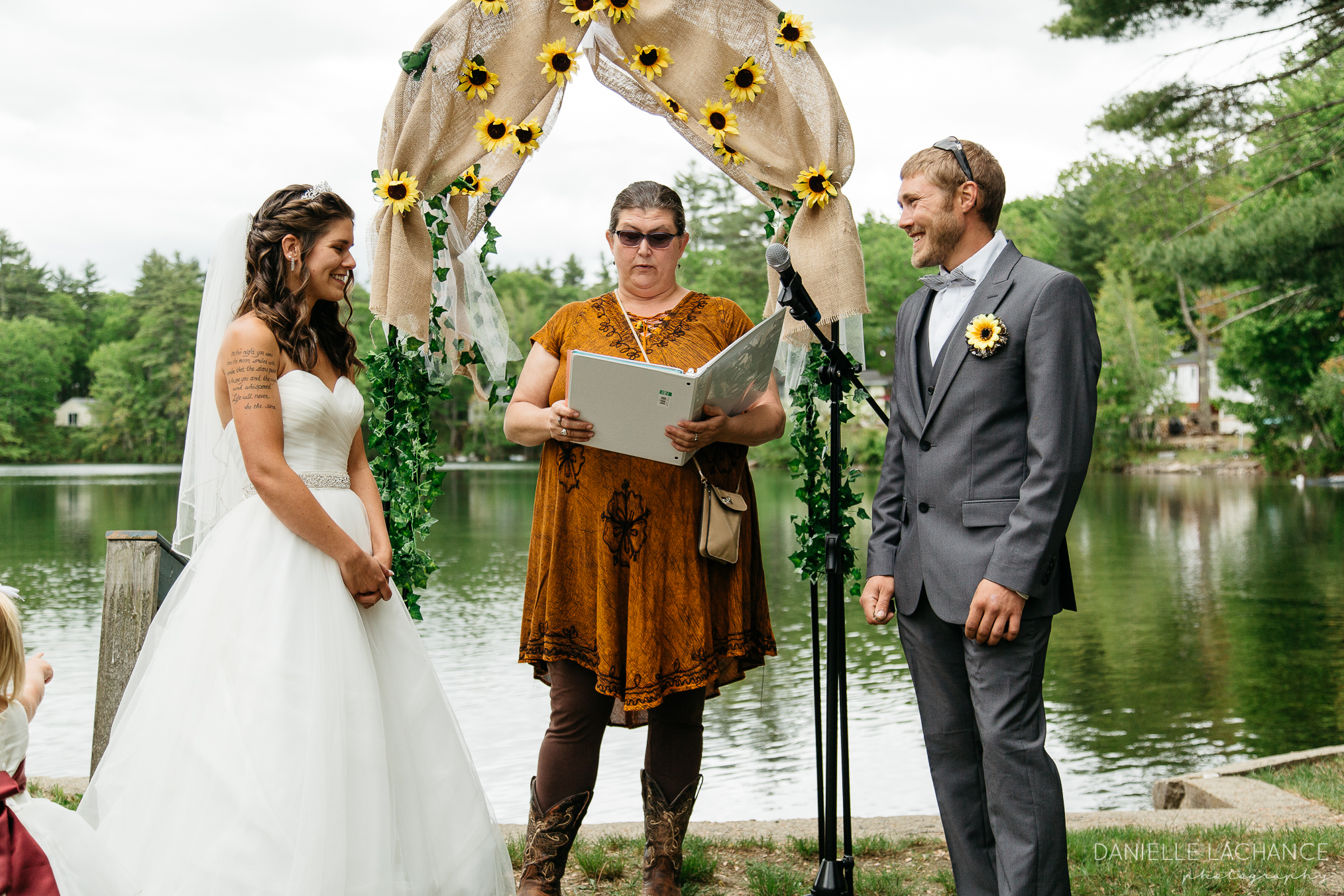 maine-wedding-photographer-rustic-outdoor.jpg