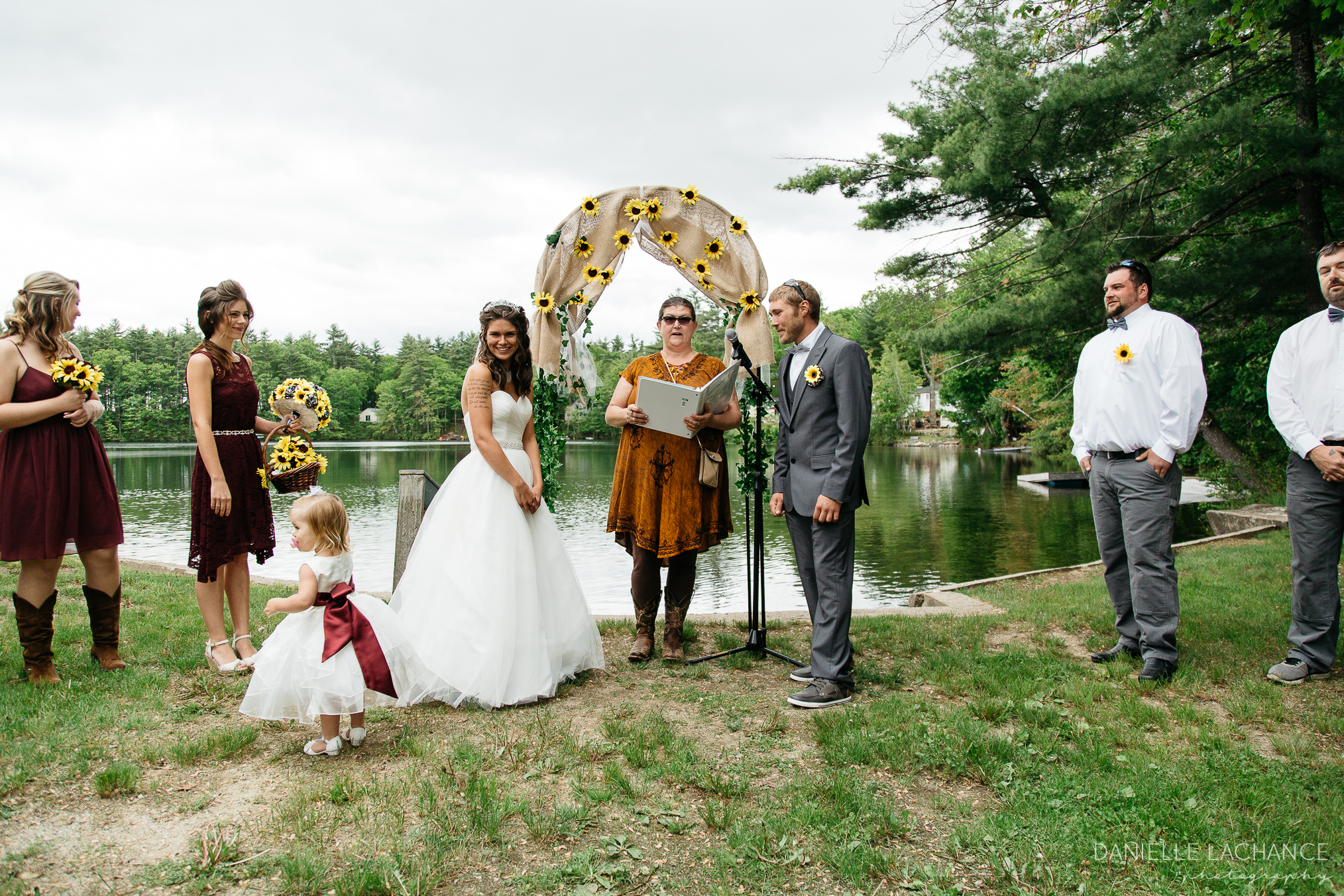 rustic-maine-wedding-outdoor-photographer-ceremony-kennebunk-portland-southern-maine-photography.jpg